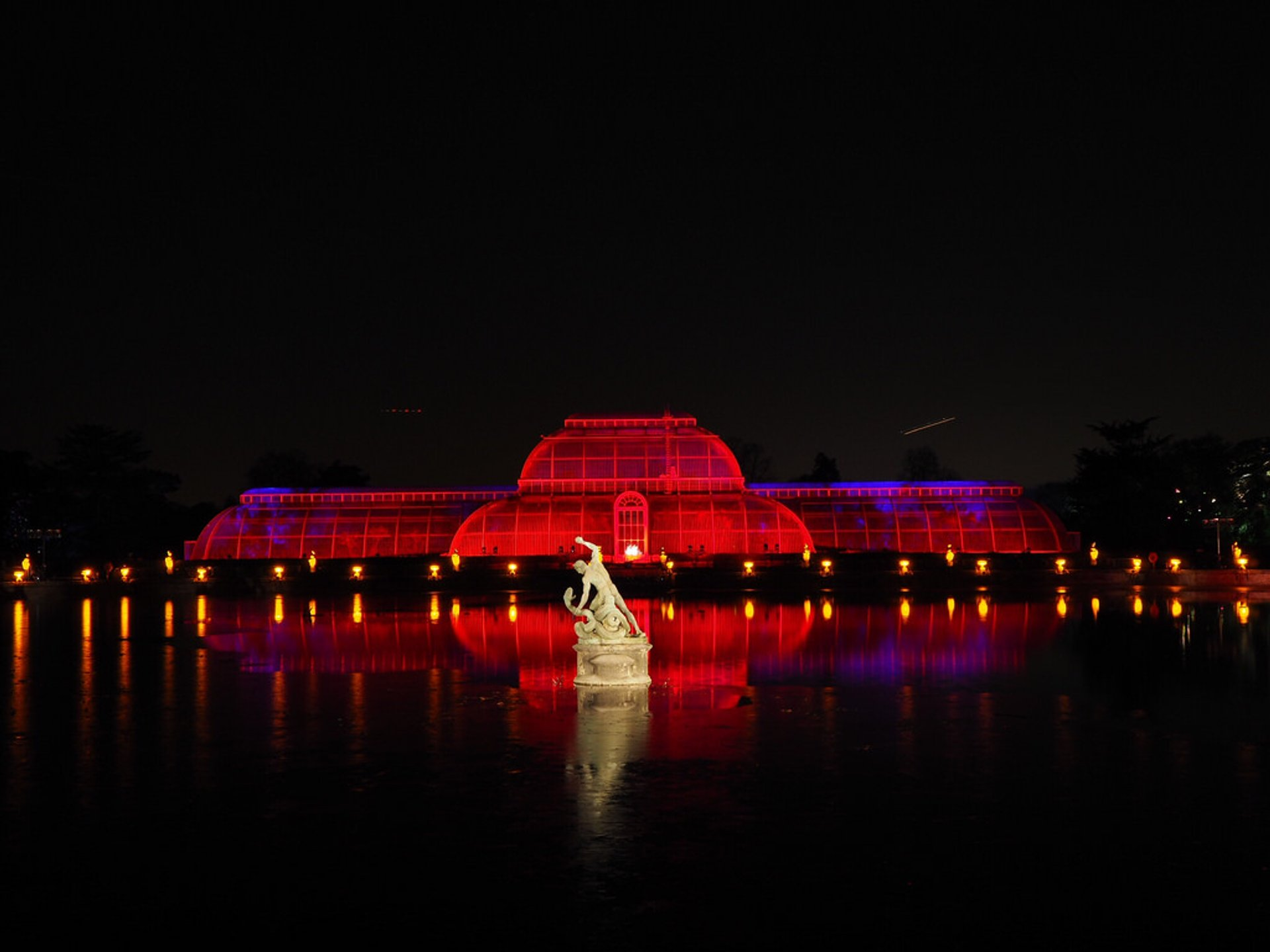Christmas at Kew Gardens in London - Best Season 2020