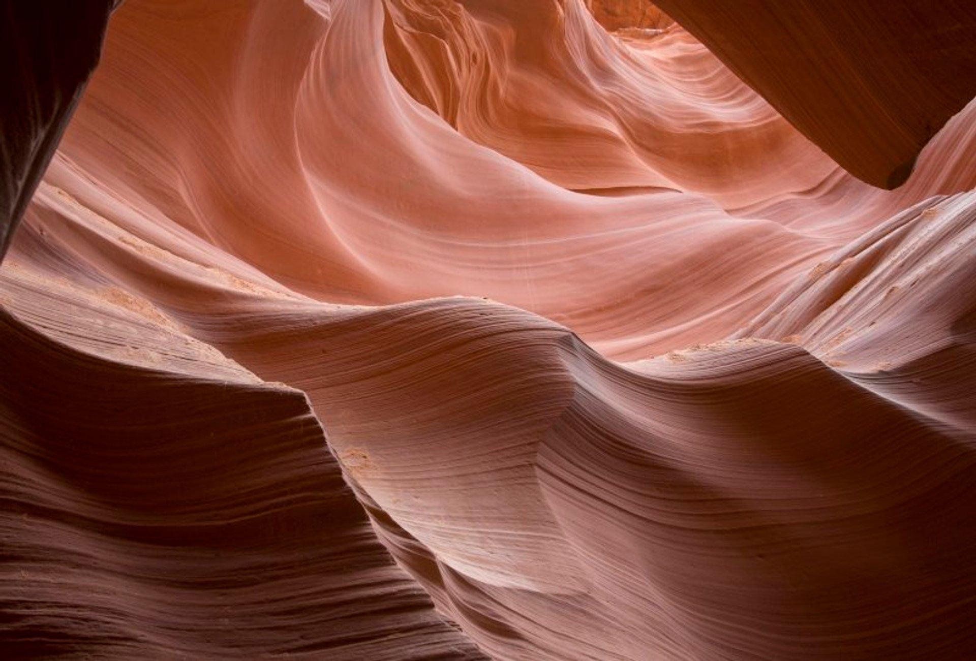 Antelope Canyon Light Beams Season in Arizona - Best Season 2020