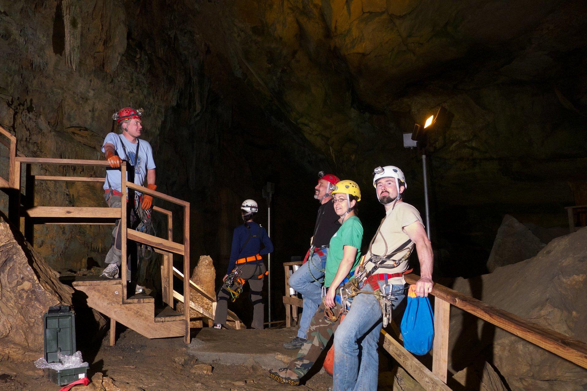 Lost World Caverns 2020