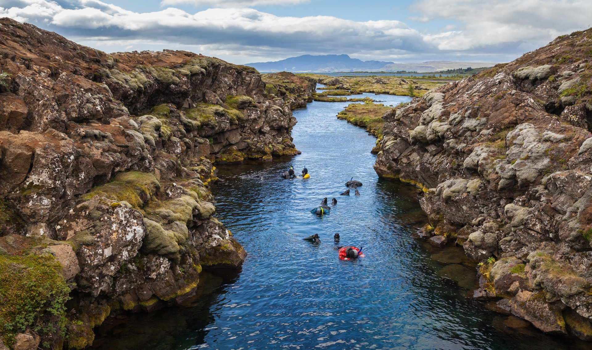 Snorkelling and Diving in the Mid-Atlantic Ridge in Iceland - Best Season 2020