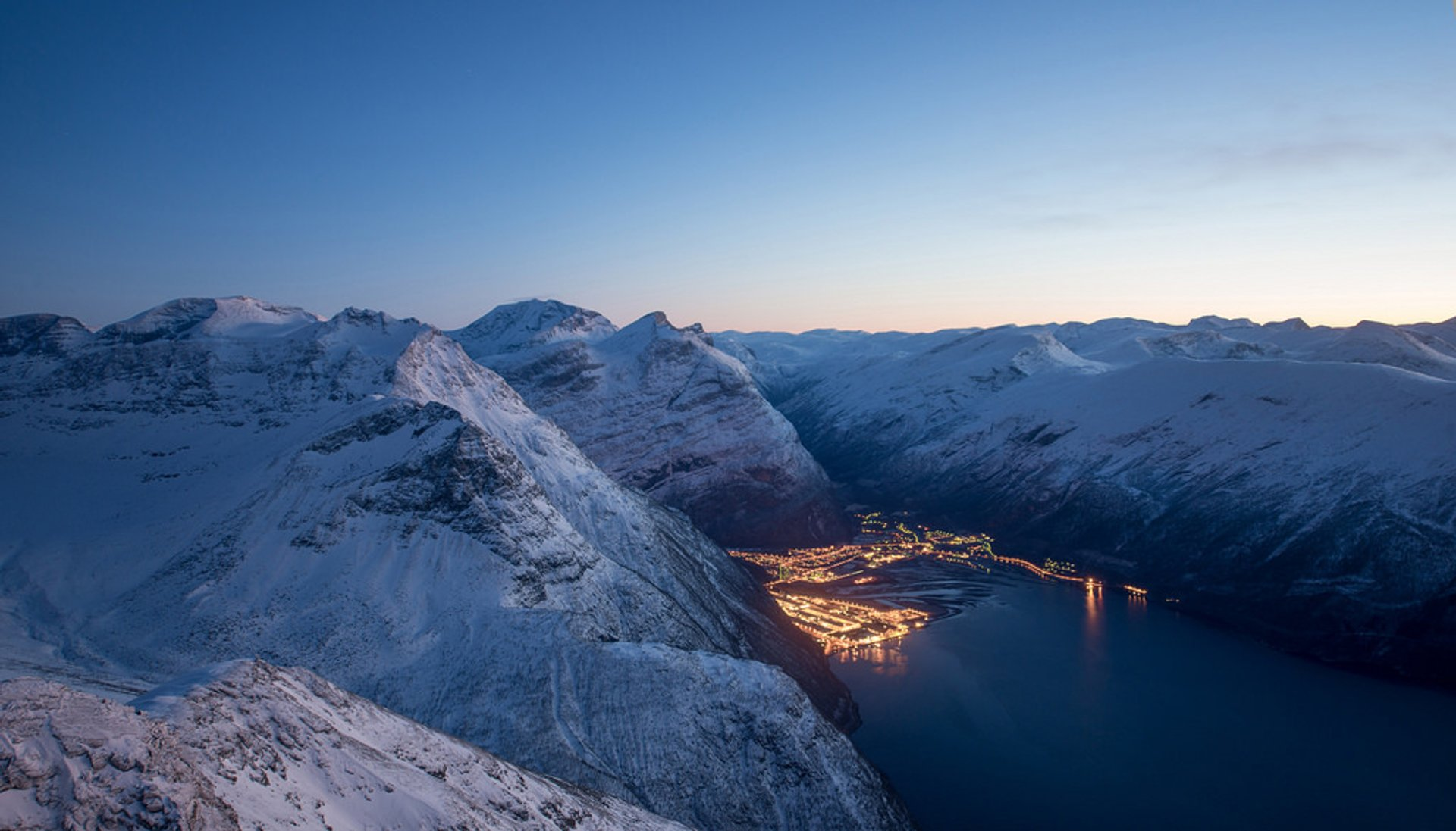 Blue Hours in Norway 2020 - Best Time