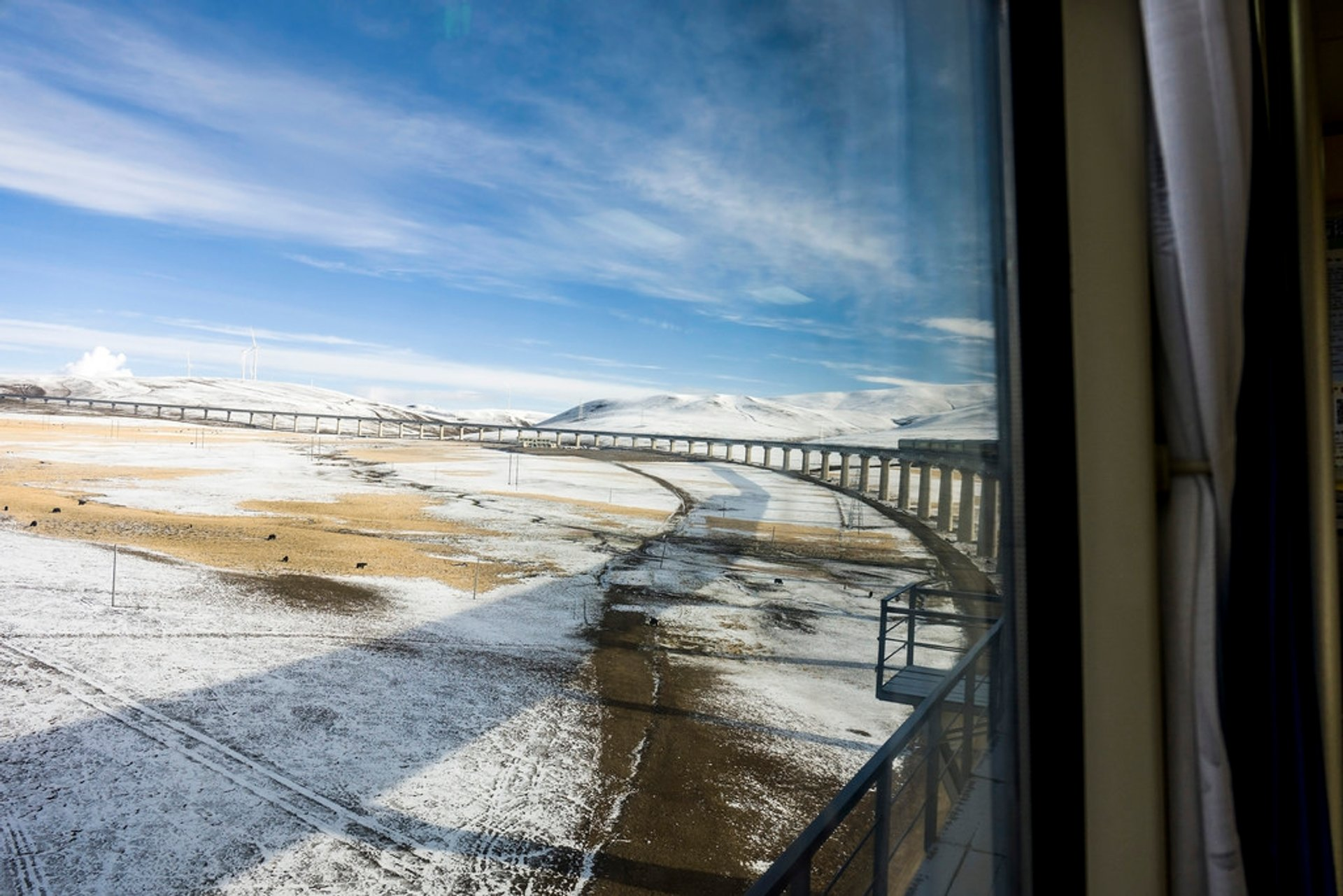 Qinghai-Tibet Railway in Tibet - Best Season 2019