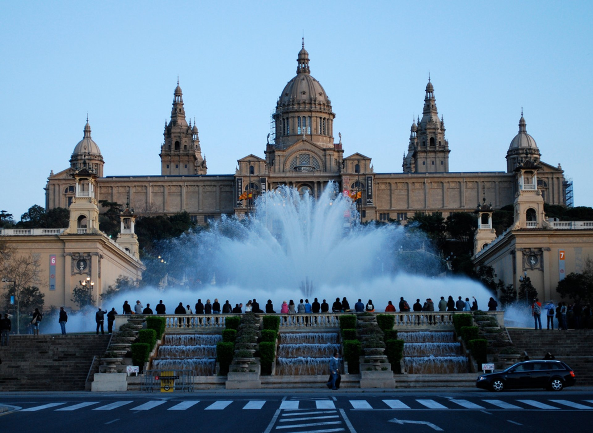 The Magic Fountain of Montjuïc in Barcelona - Best Season 2019