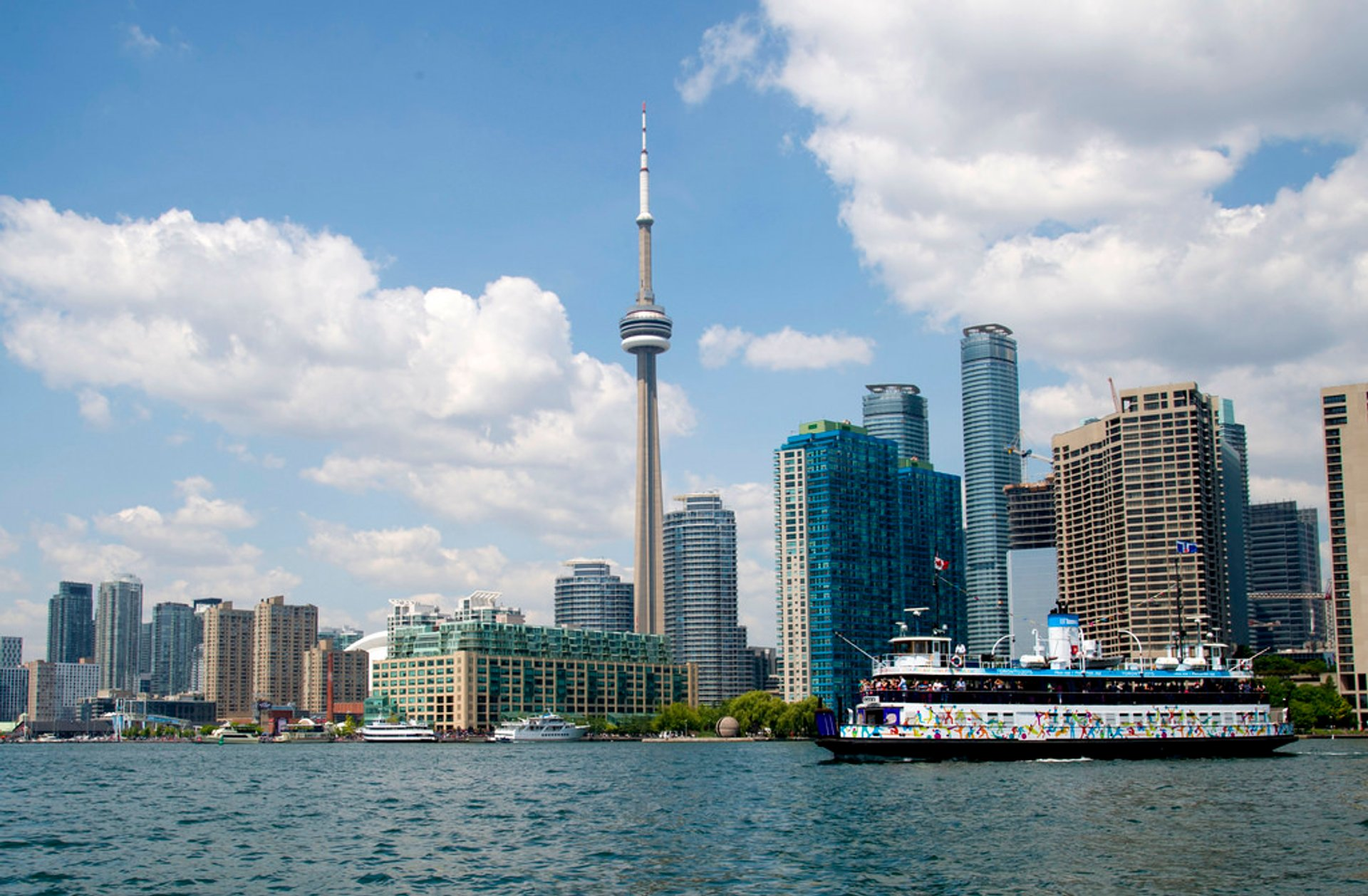 Boat Cruises in Toronto - Best Time