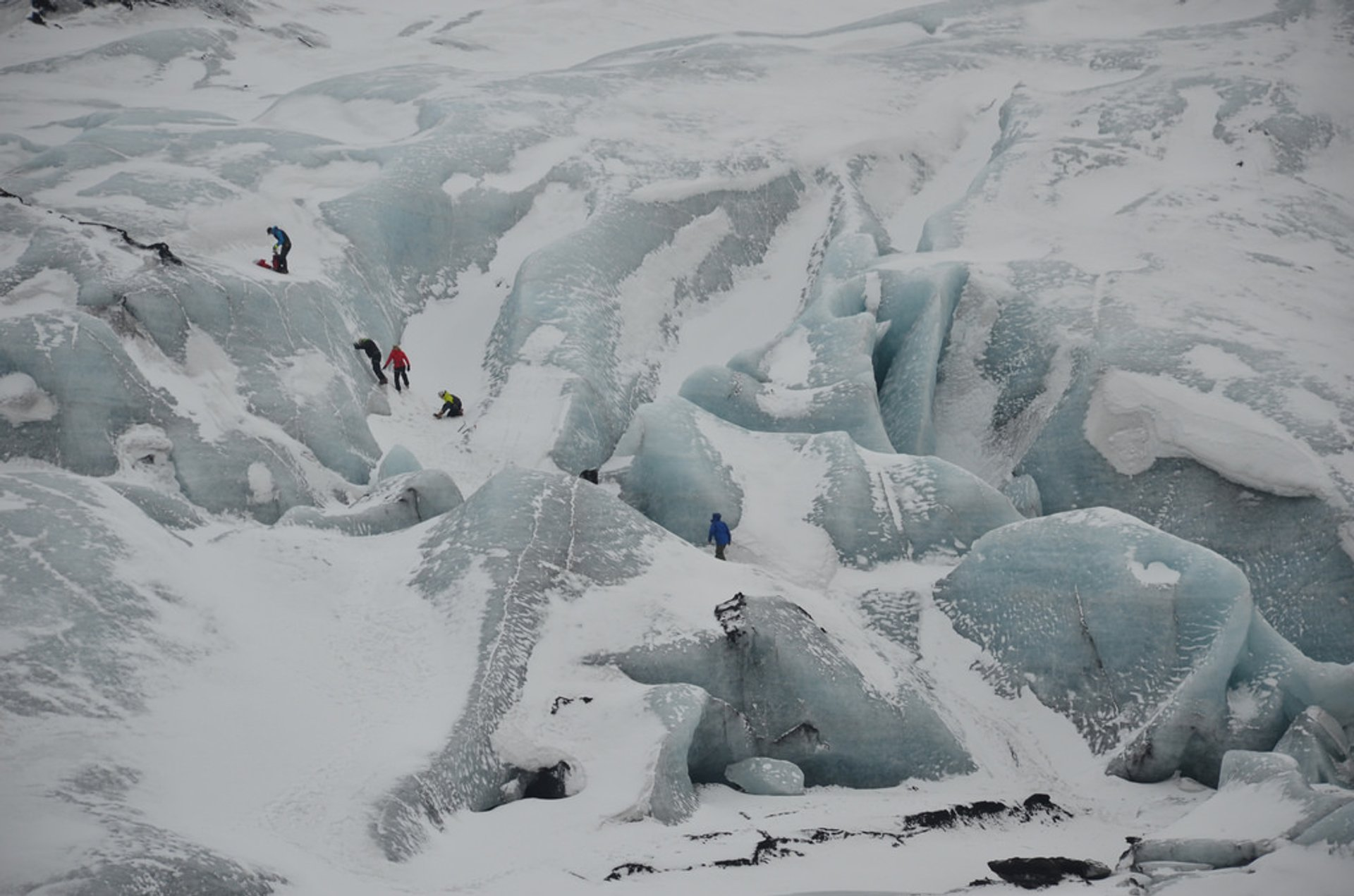 Best time to see Glacier Walking in Iceland 2019