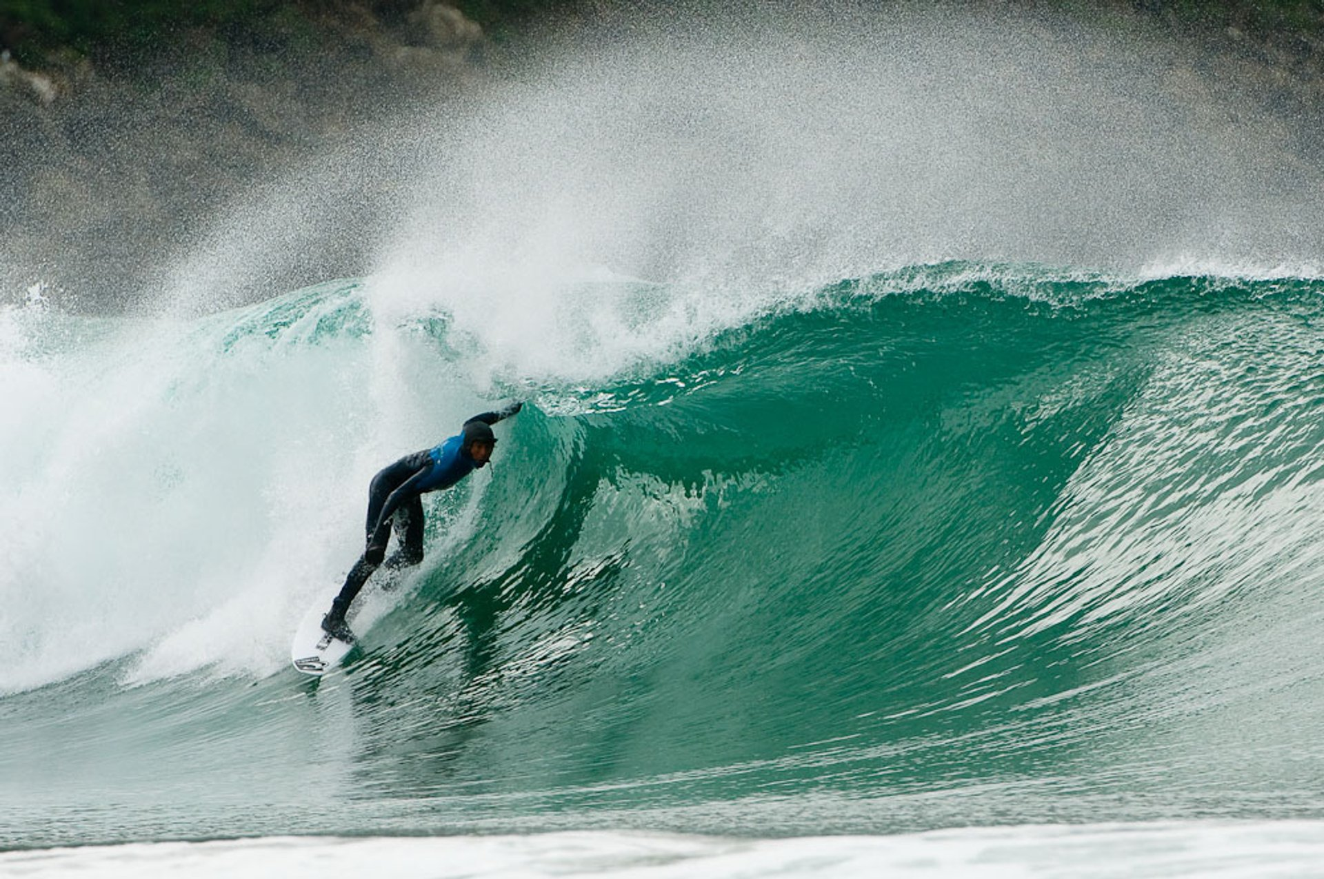 Surfing in New Zealand 2020 - Best Time