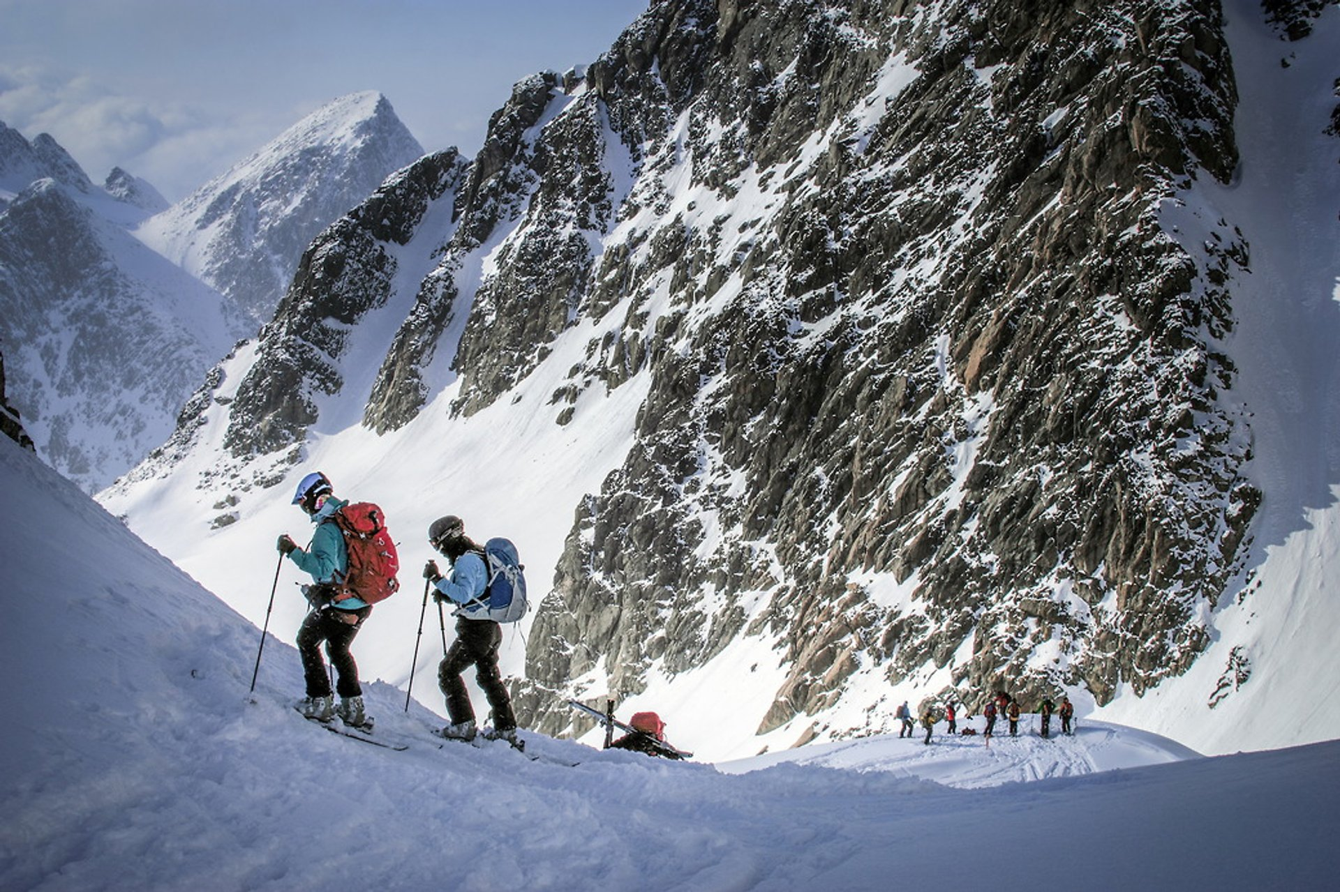 Ski Tours and Heliskiing in Greenland - Best Season 2020