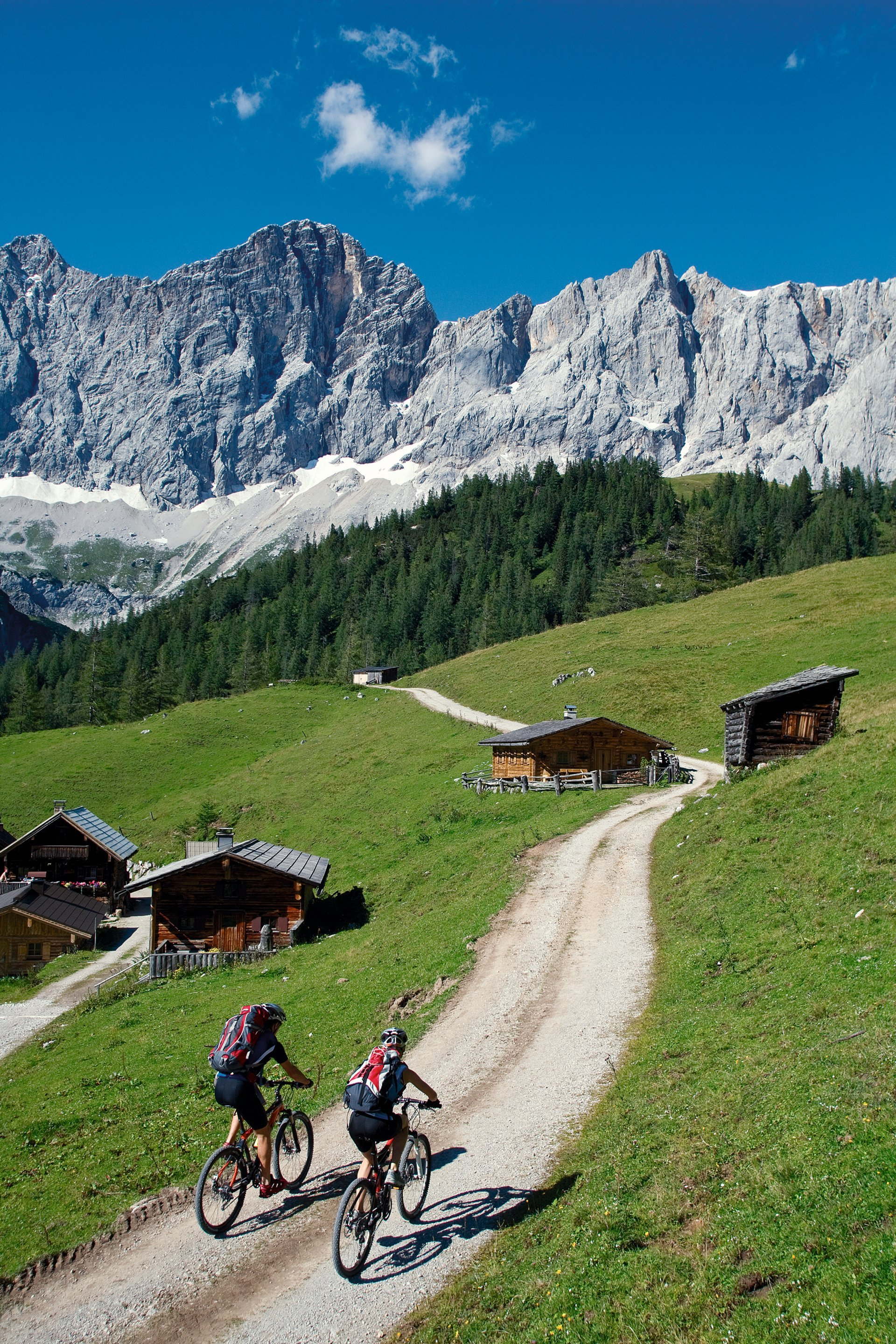 Mountain Biking in Austria - Best Season 2020