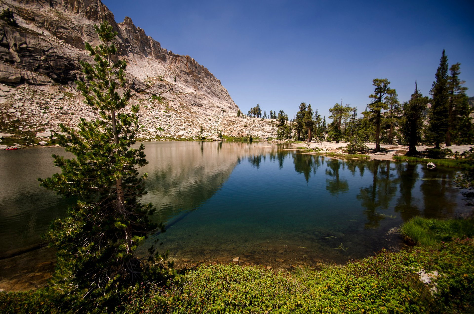 Best time for Pear Lake Trail in California 2020