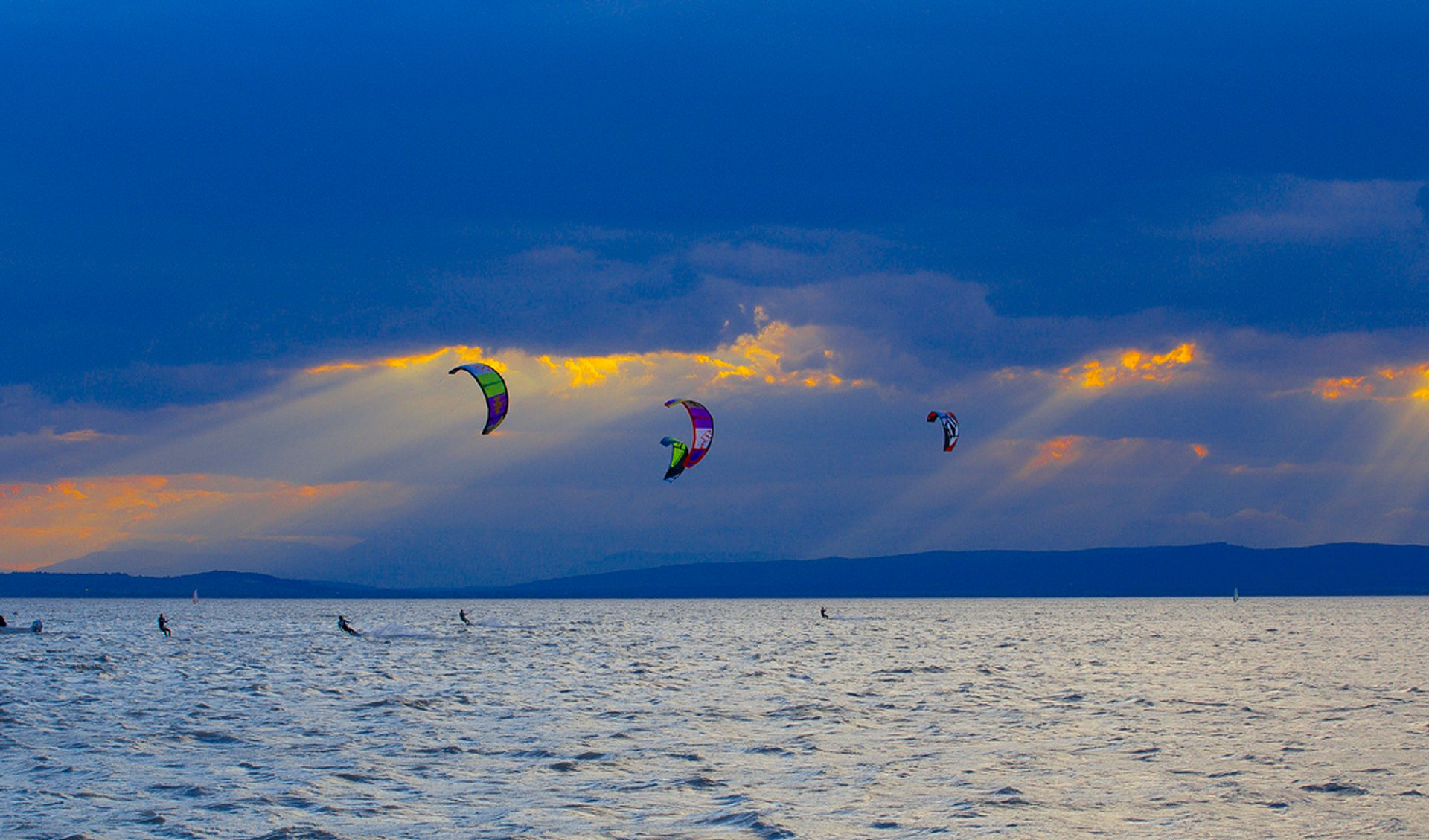 Wind and Kitesurfing in Austria - Best Season 2020