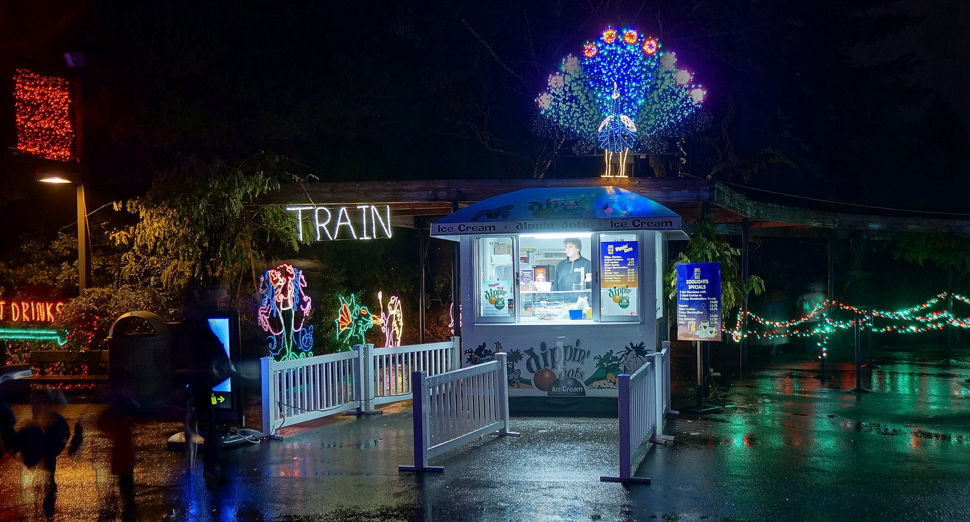 Zoolights at the Oregon Zoo 2020