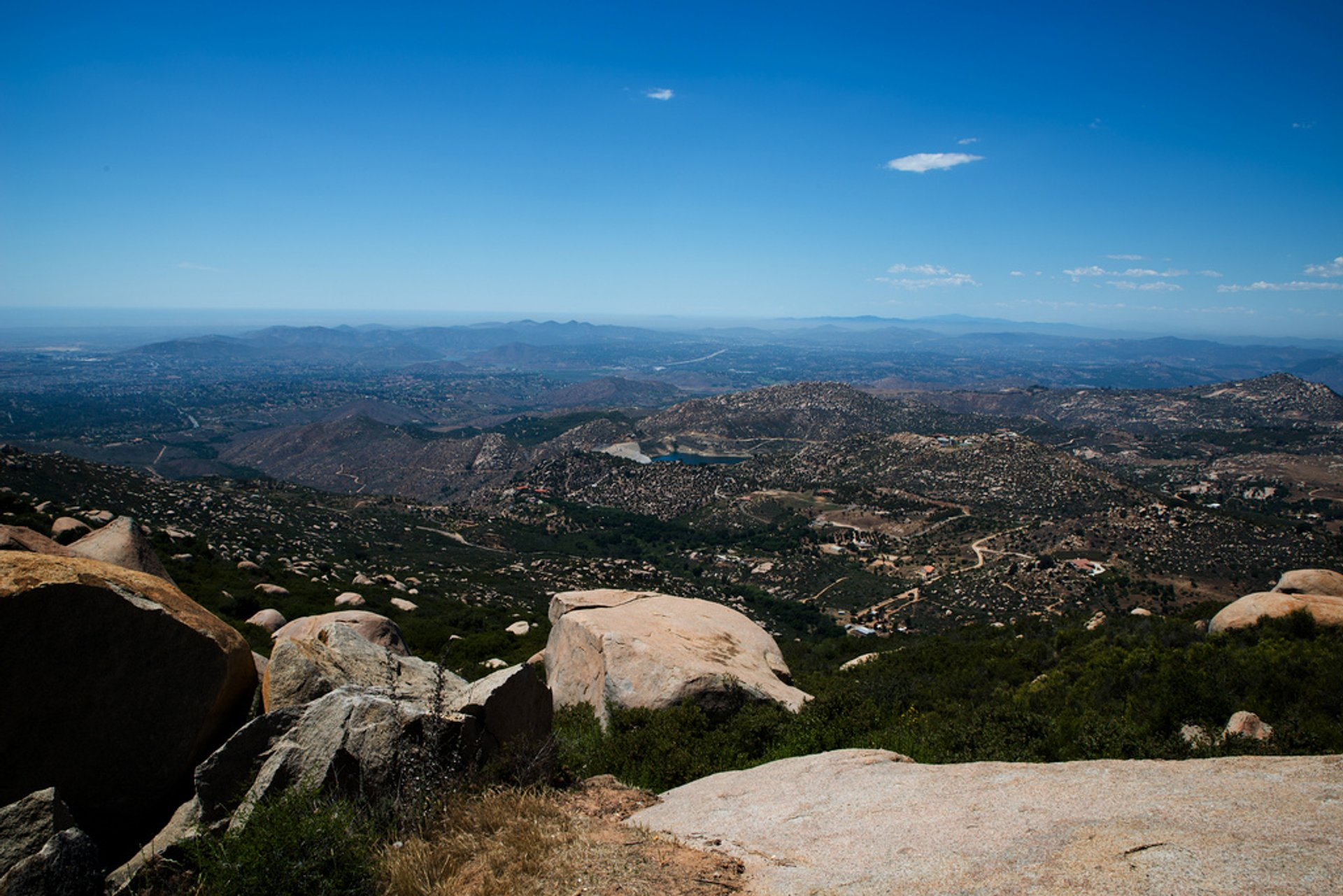 Best time for Potato Chip Rock Hike (Mt. Woodson) in San Diego 2020
