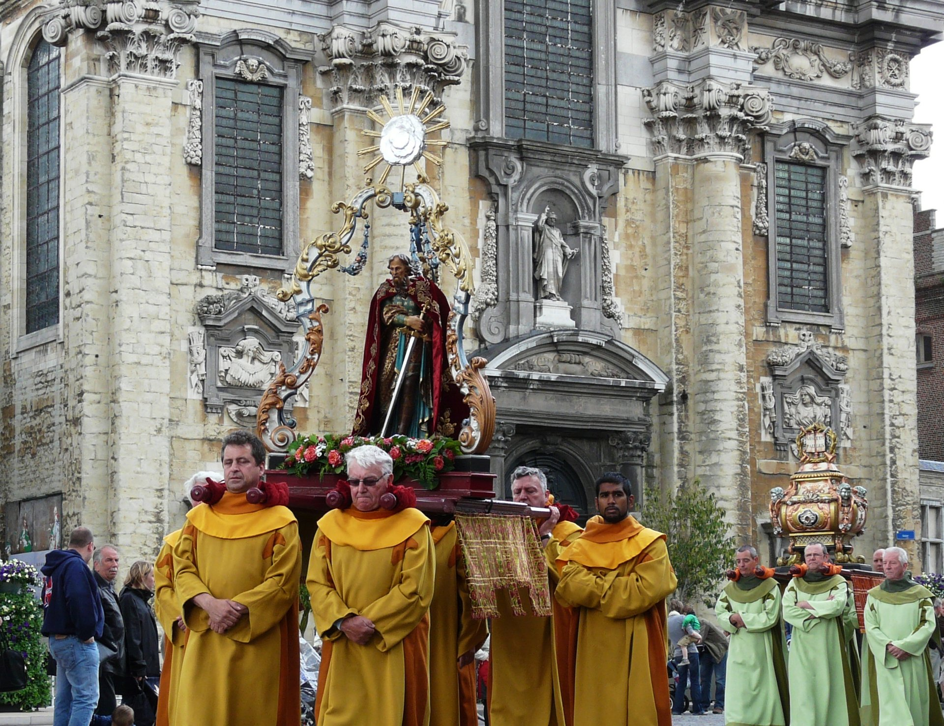 Hanswijk Procession in Belgium 2020 - Best Time