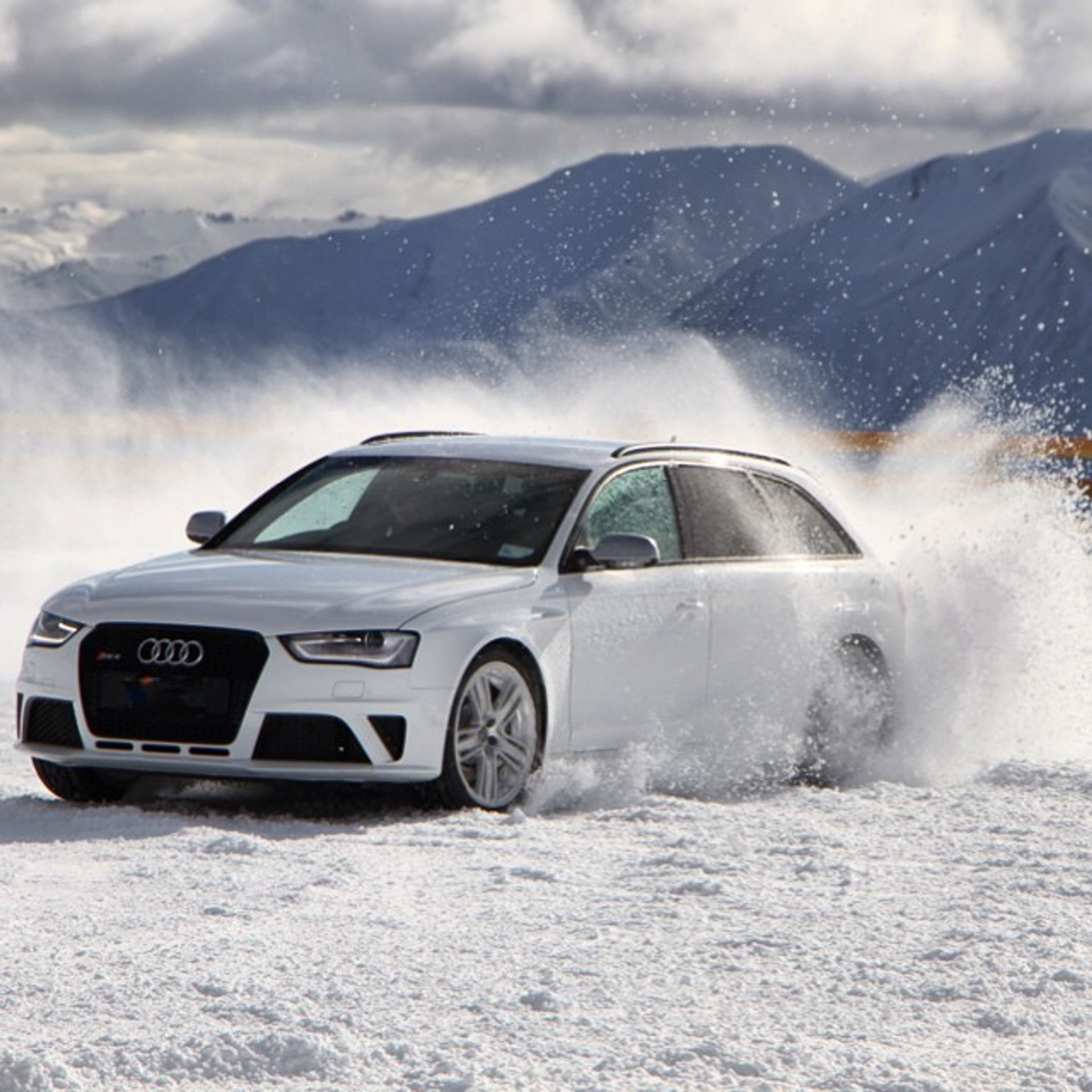 Wanaka Snow and Ice Driving in New Zealand 2020 - Best Time