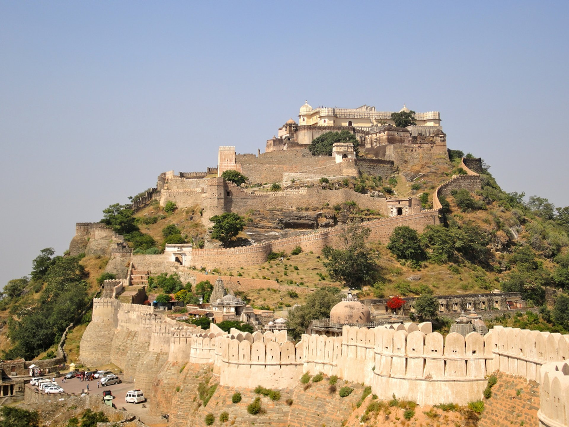 Kumbhalgarh Fort (The Great Wall of India) in India - Best Season 2020
