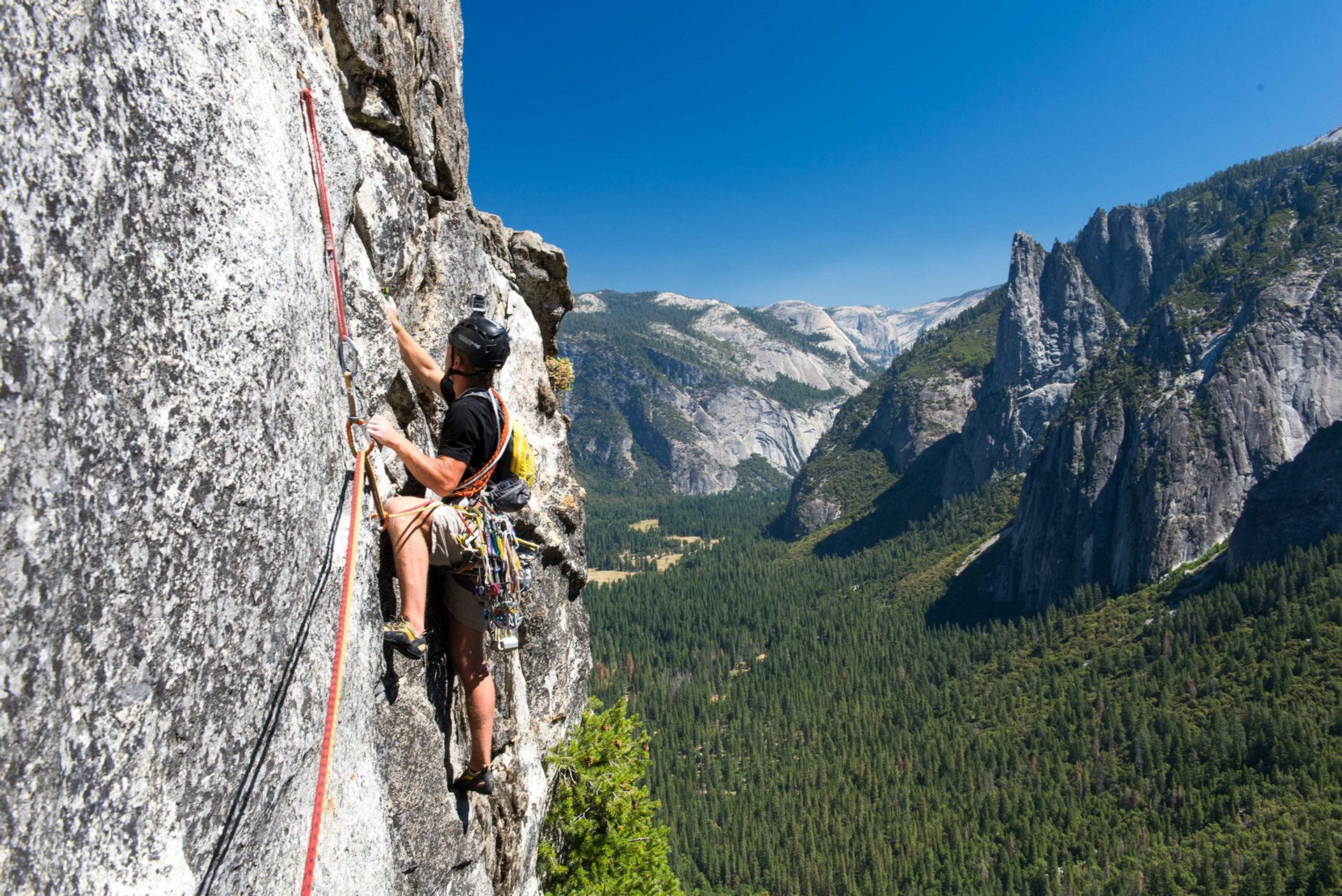 Rock Climbing in Yosemite 2020 - Best Time