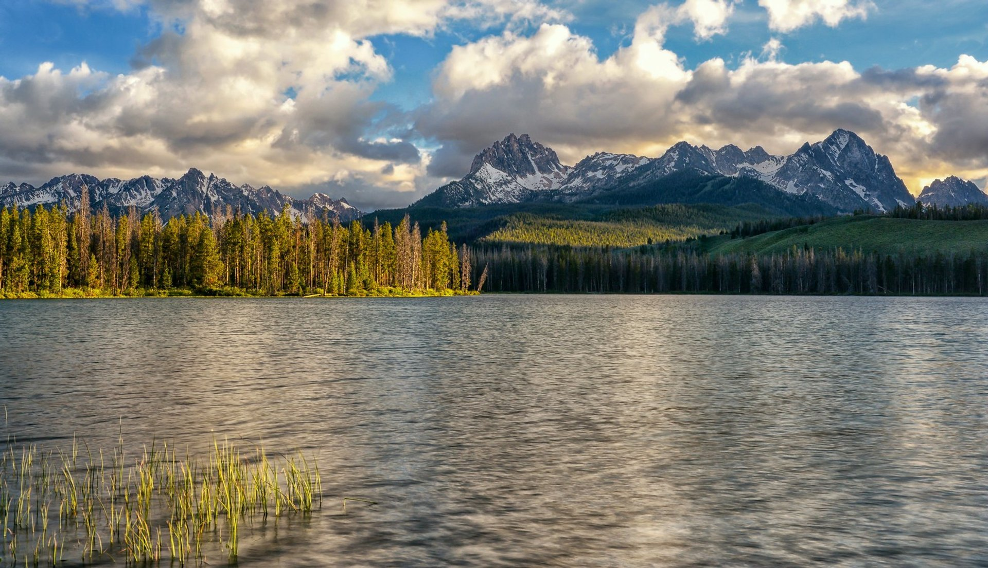 Best time to see Redfish Lake in Idaho 2020