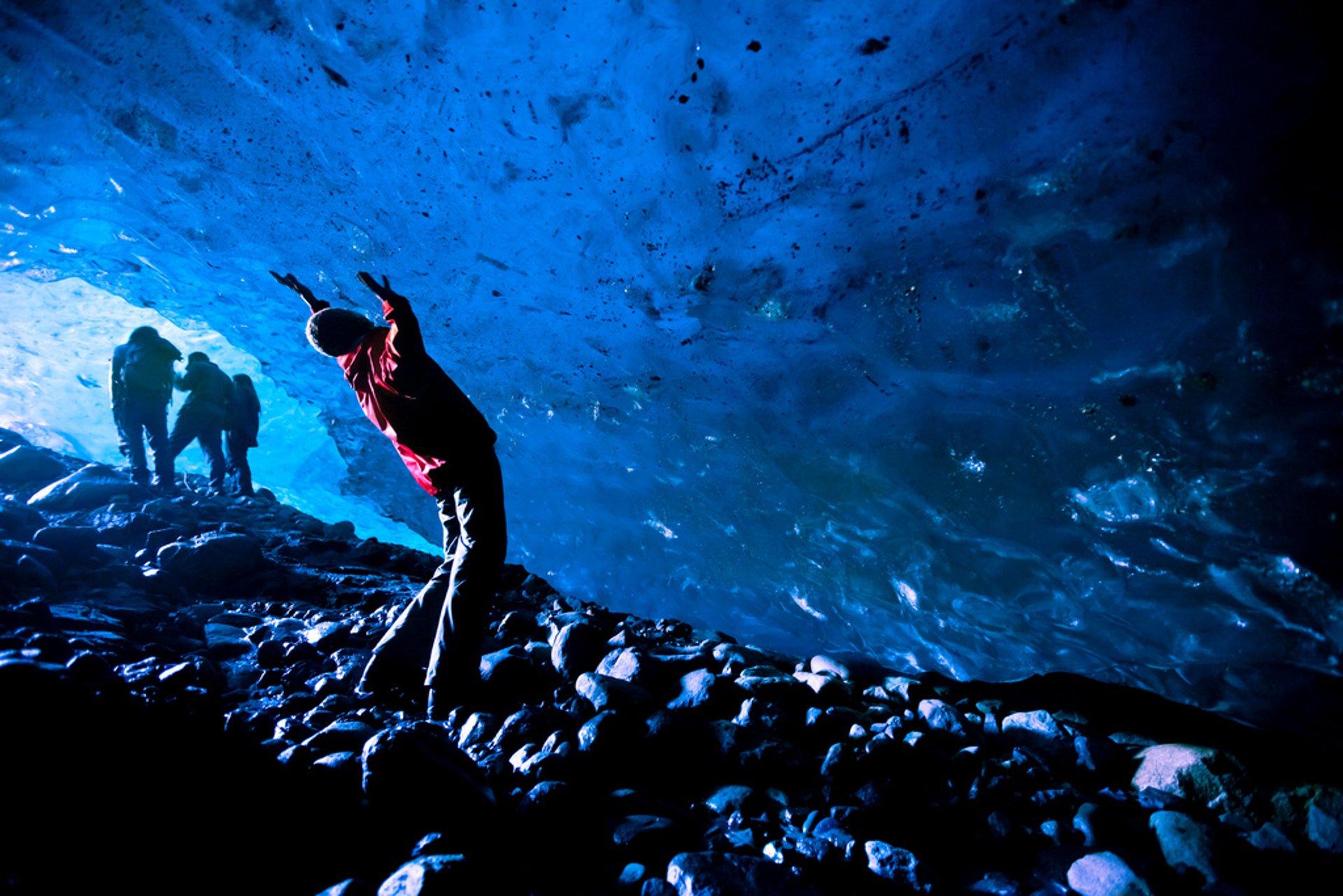 Root glacier ice cave  2020