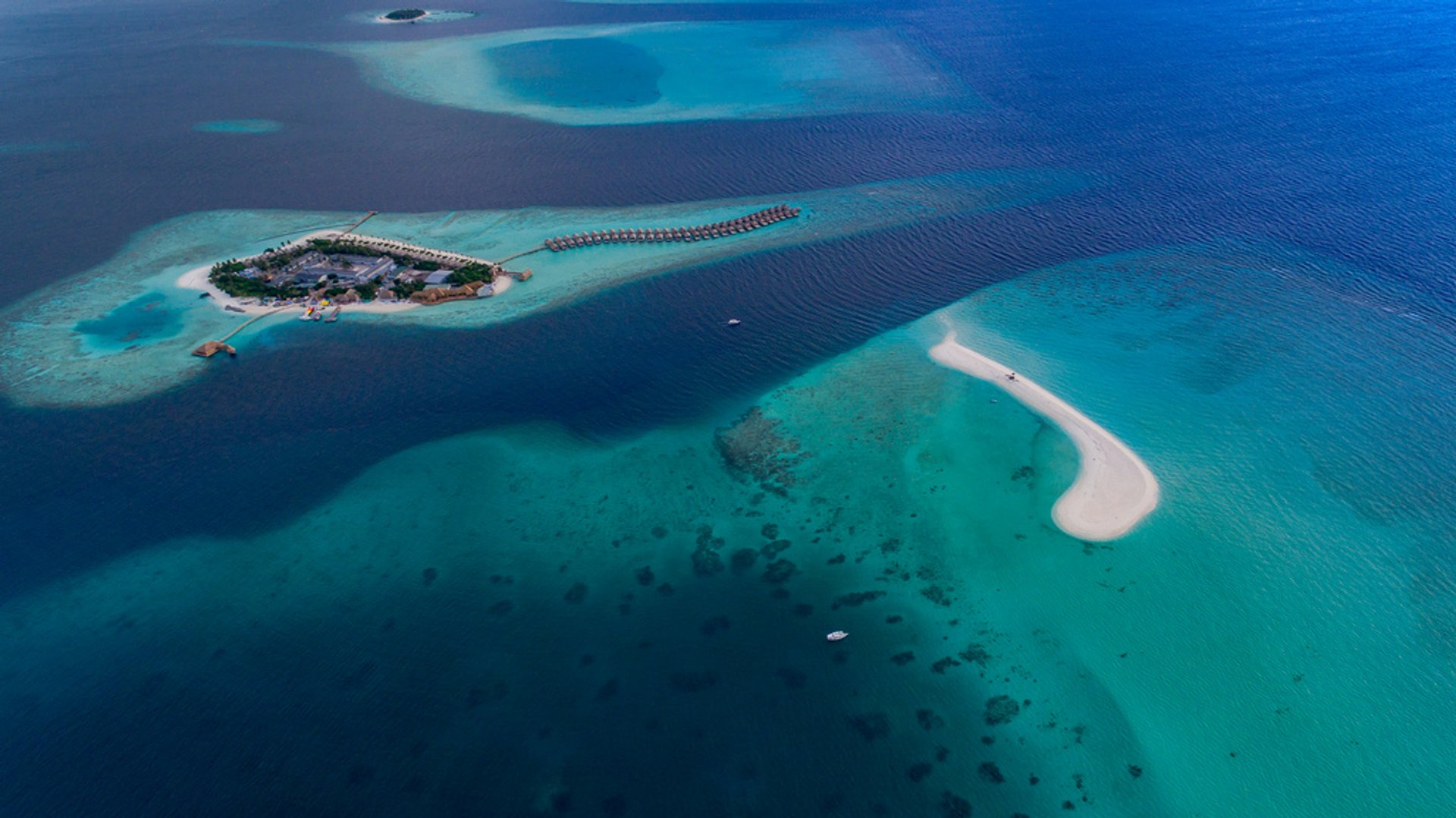 Watch the Birth of Baby Islands in Maldives 2020 - Best Time