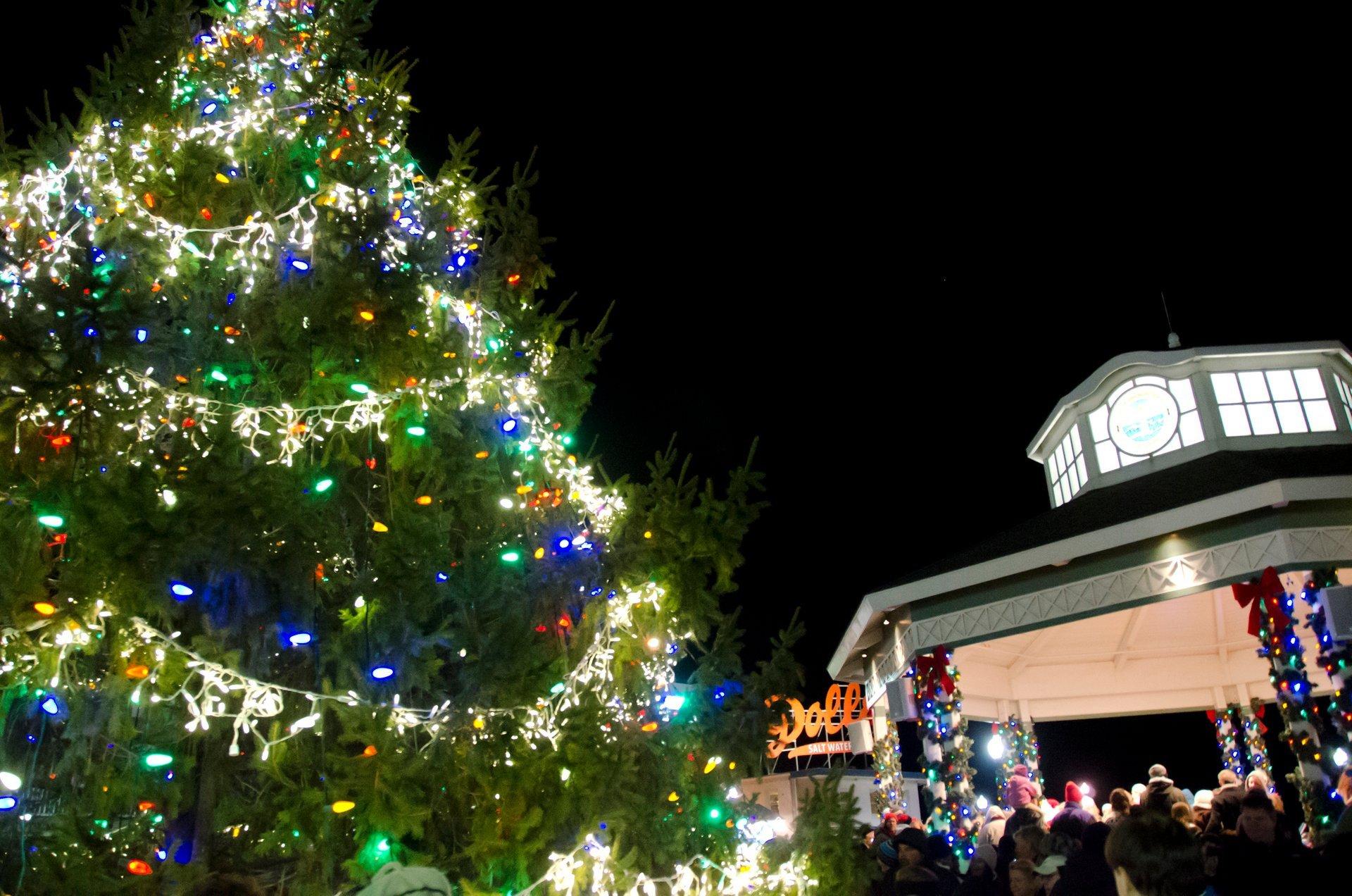 Rehoboth Beach Christmas Parade 2020 – Christmas Playlist