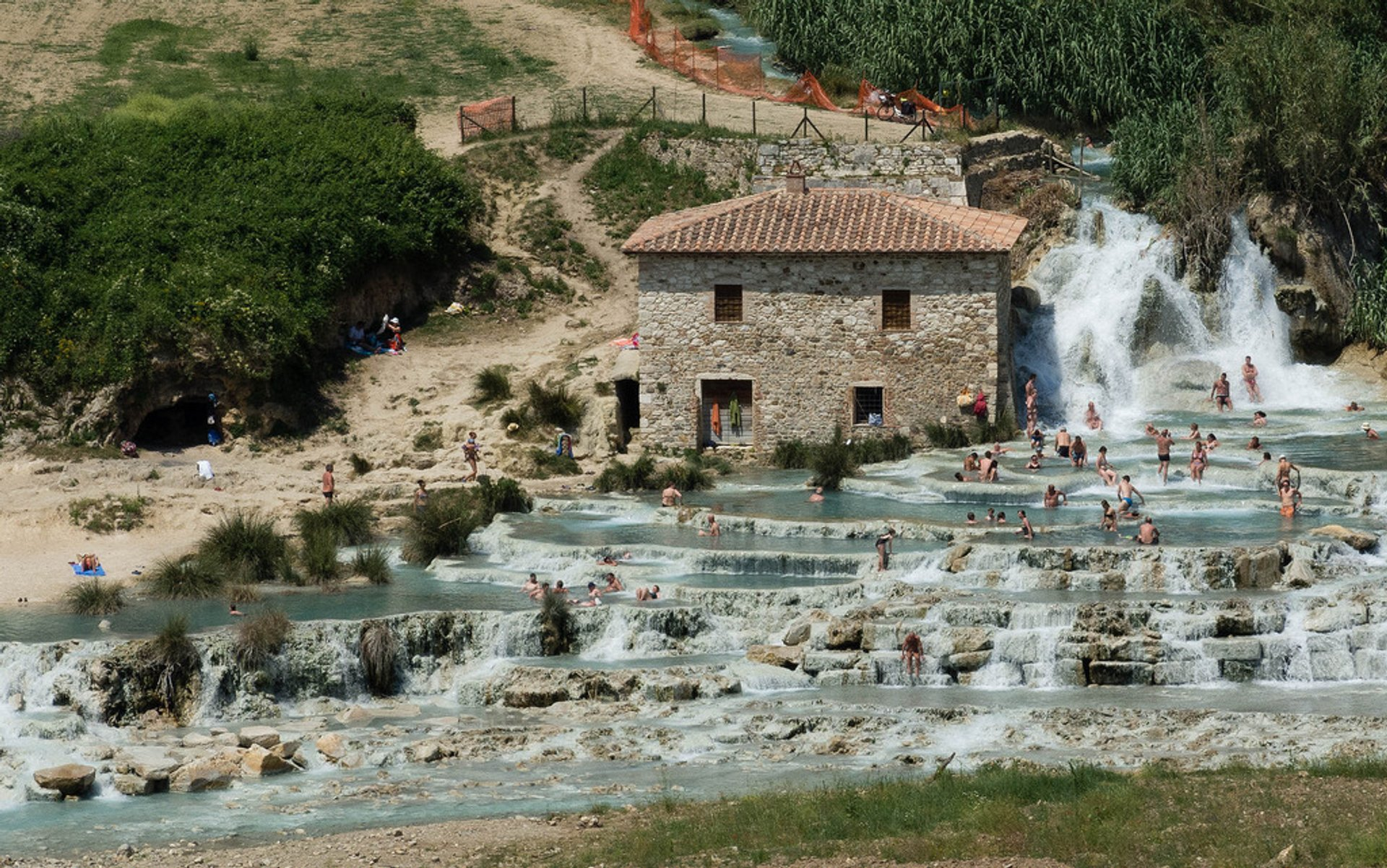 Best time to see Terme di Saturnia in Italy 2019