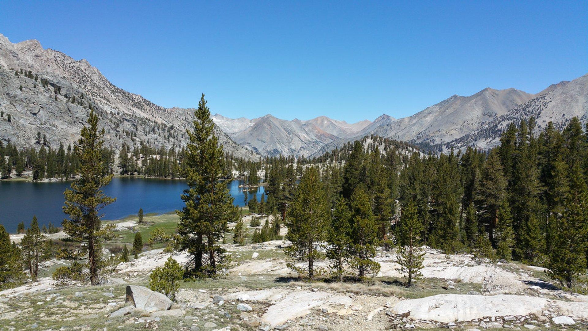 Rae Lakes Loop in California - Best Season
