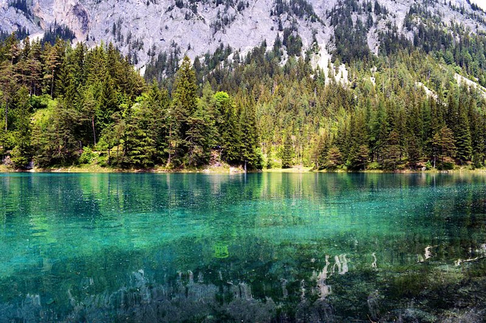 Green Lake Park in Austria - Best Season