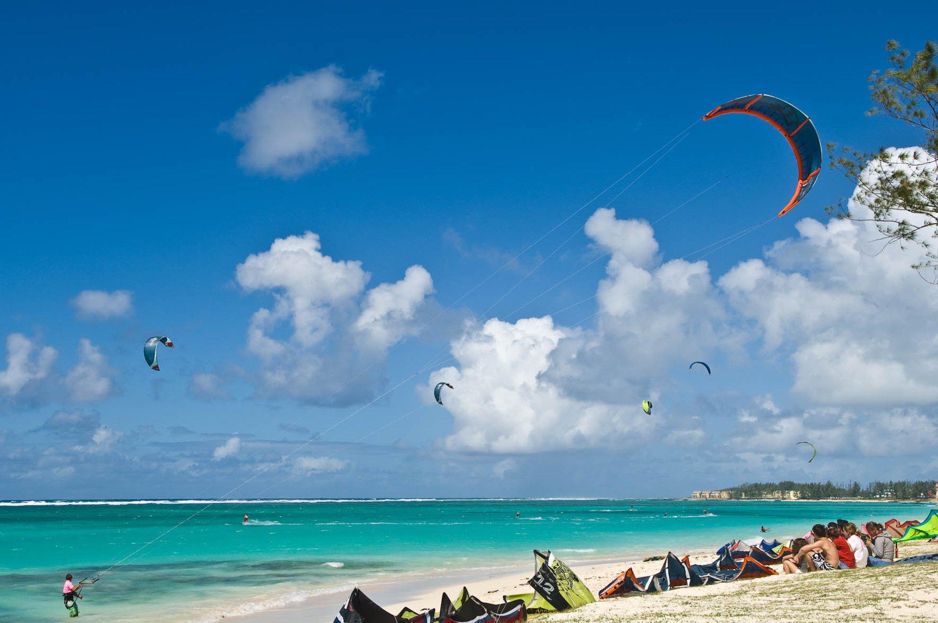 Kitesurfing in Mauritius - Best Season 2020