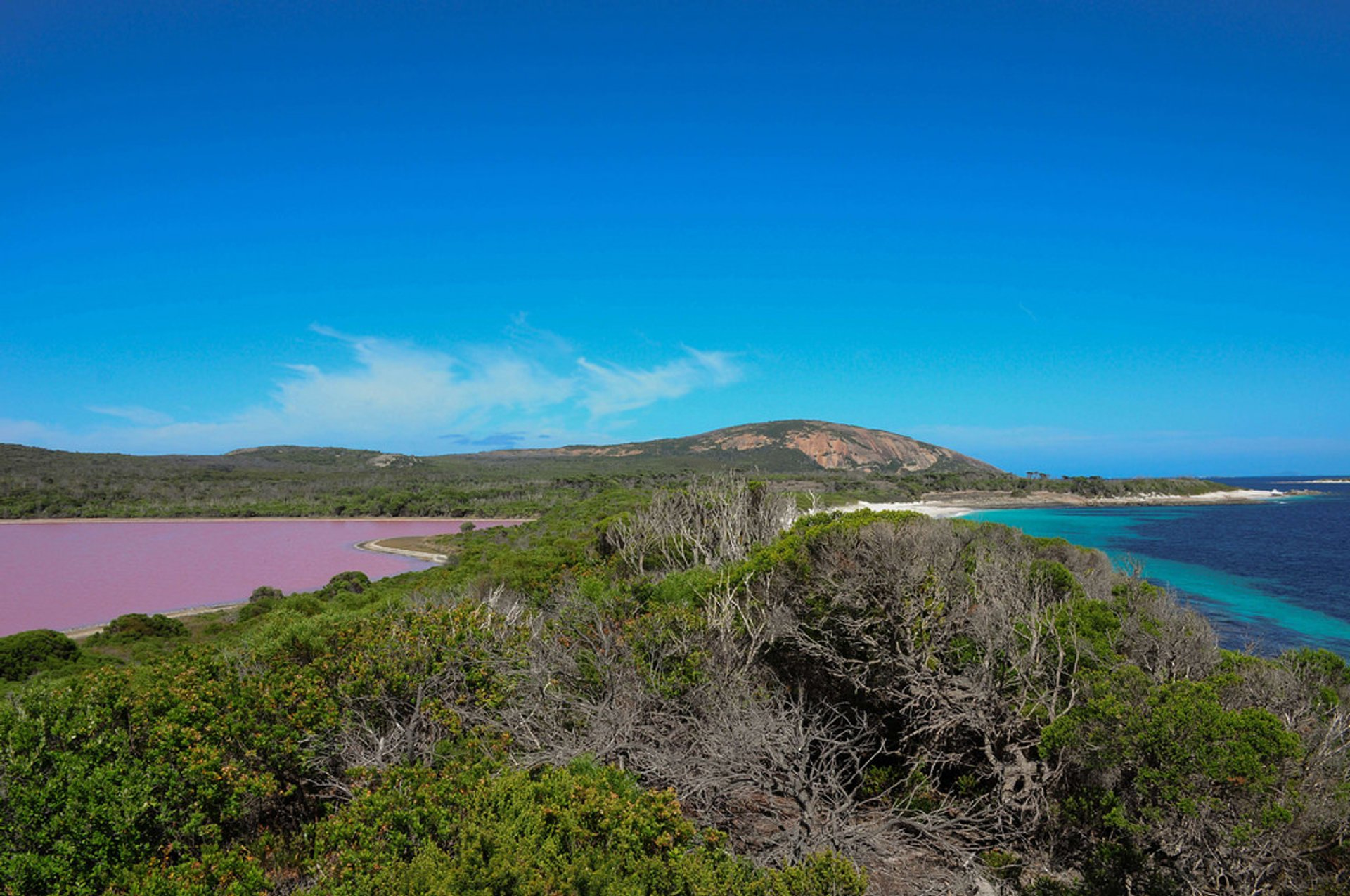 Lake Hillier in Western Australia - Best Season 2019