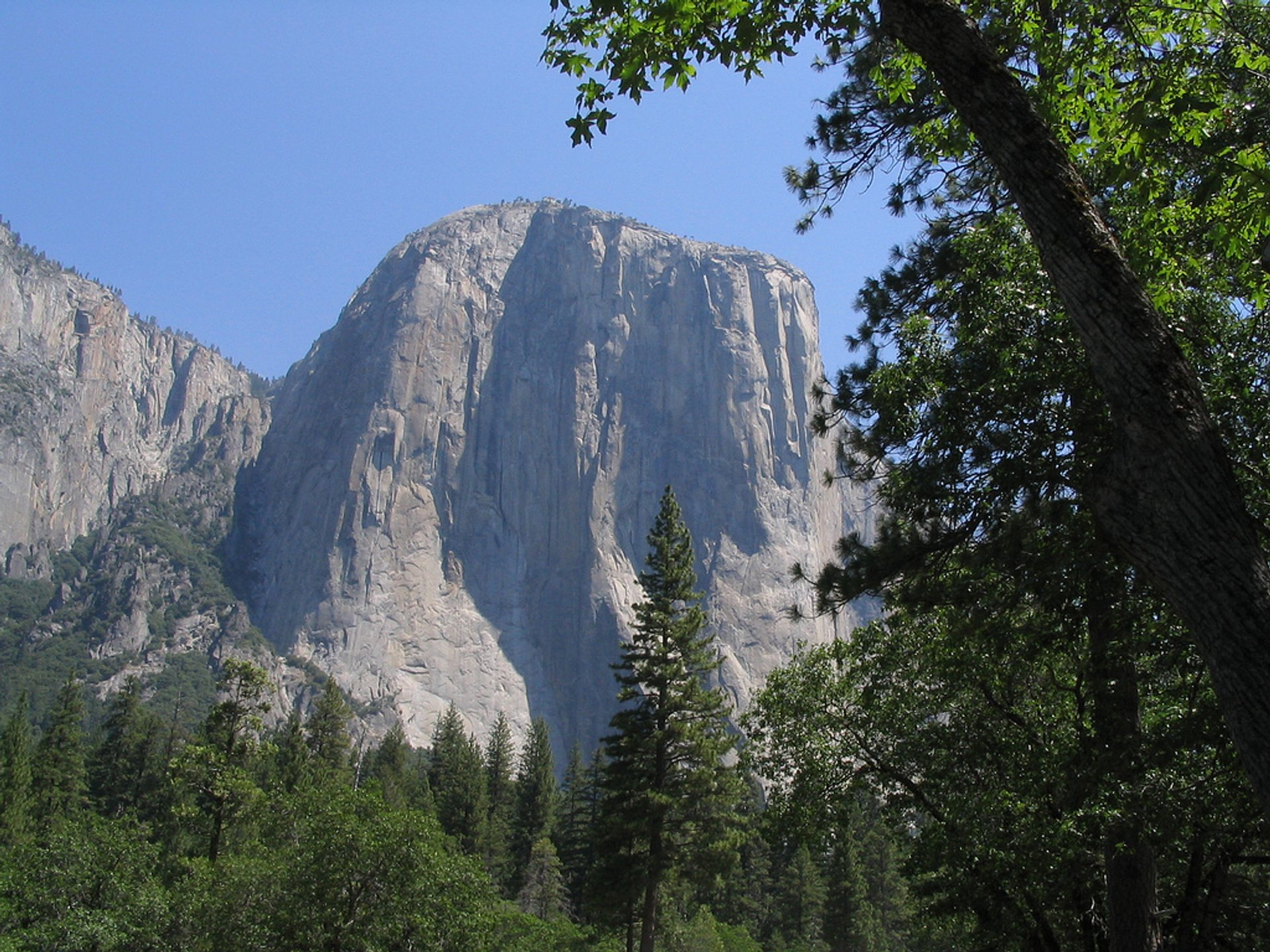 El Capitan Trail in Yosemite - Best Season 2020