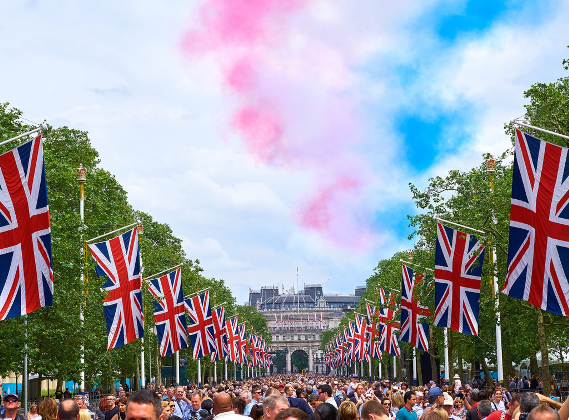 Trooping the Colour & The Queen's Birthday Parade in London - Best Season 2020