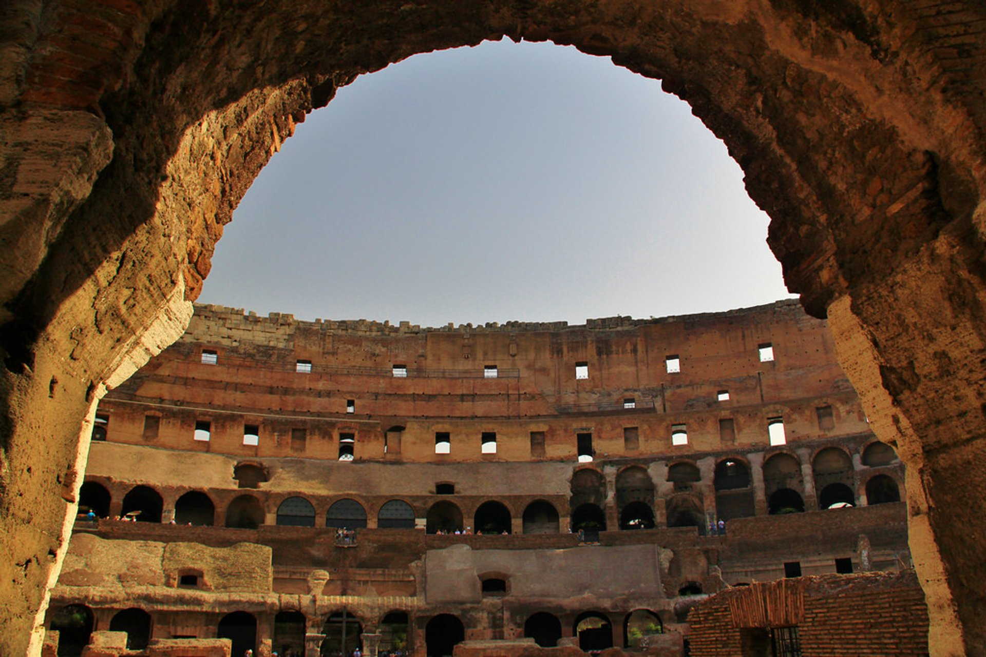 Best time to see Colosseum 2020