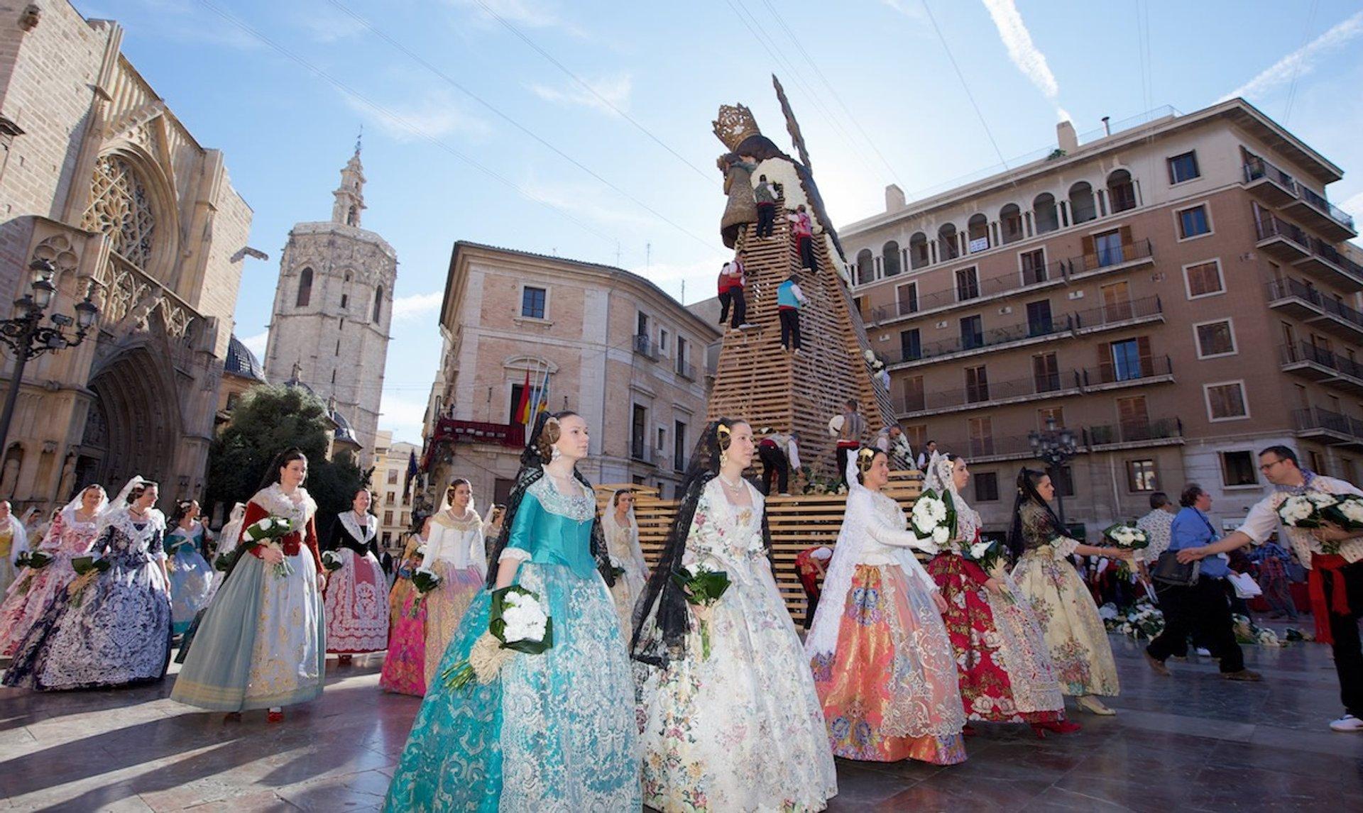 Virgen de los Desamparados in Valencia - Best Time