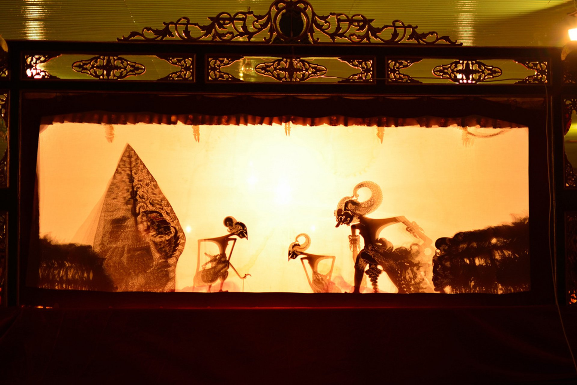 Wayang Kulit Puppet Theatre in Indonesia 2019 - Best Time