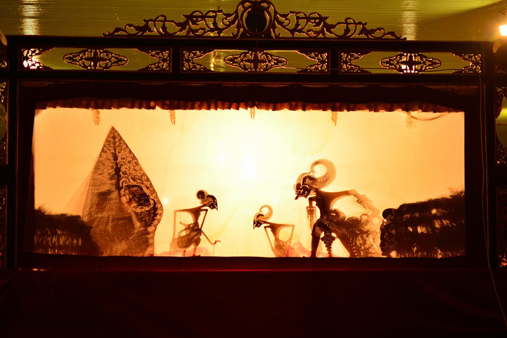 Wayang Kulit Puppet Theatre in Indonesia 2020 - Best Time