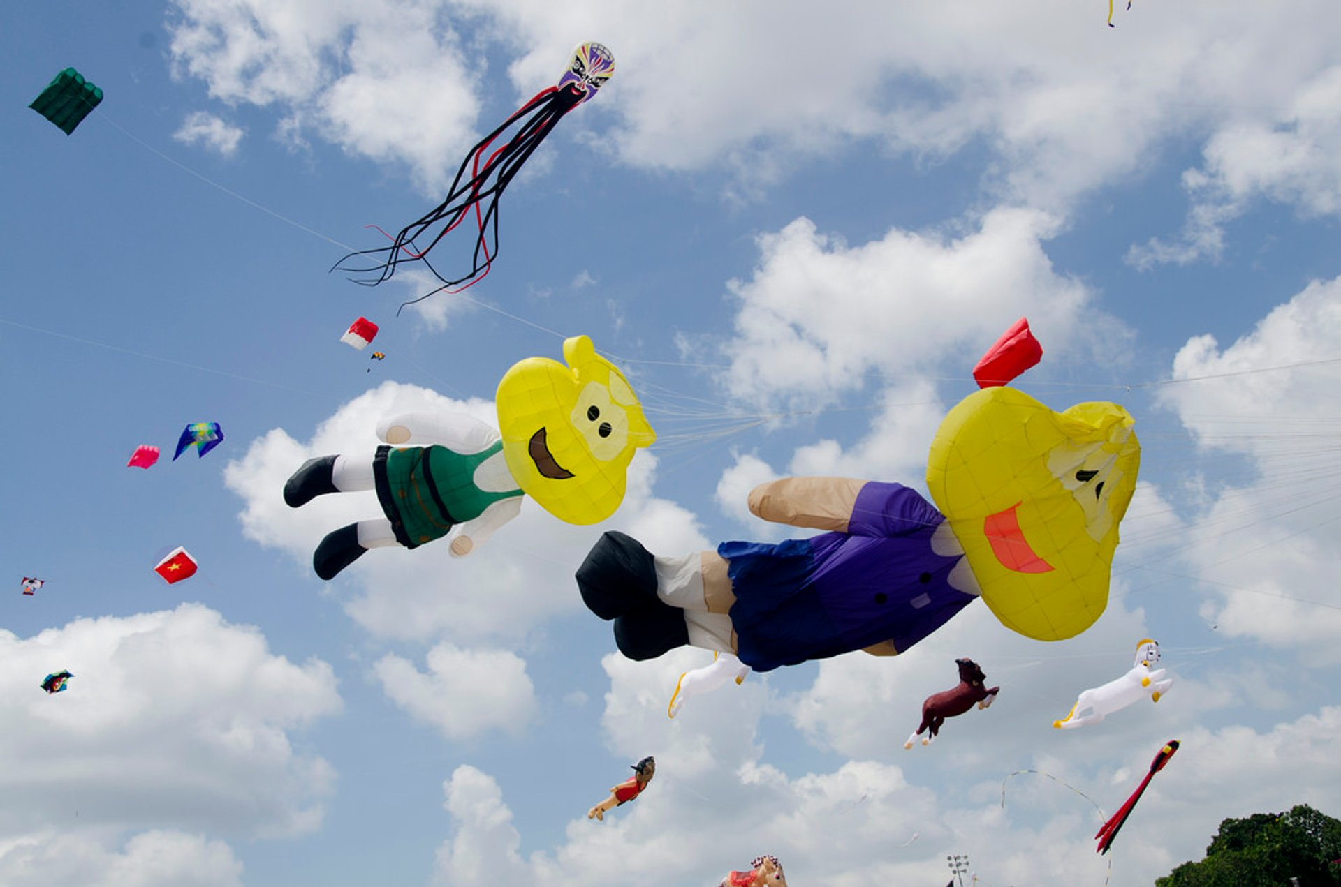 Traditional Kite Flying in Malaysia - Best Time