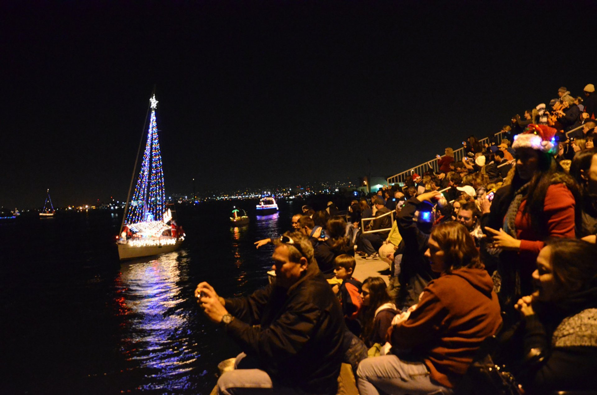 Best time for San Diego Bay Parade of Lights & Other Holiday Lights in San Diego 2019