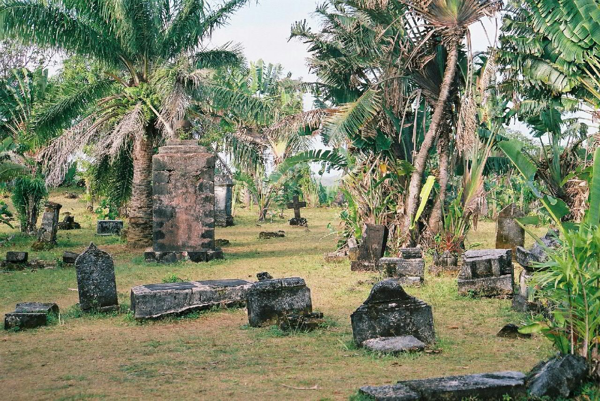 Pirates' Cemetery in Madagascar - Best Season 2020