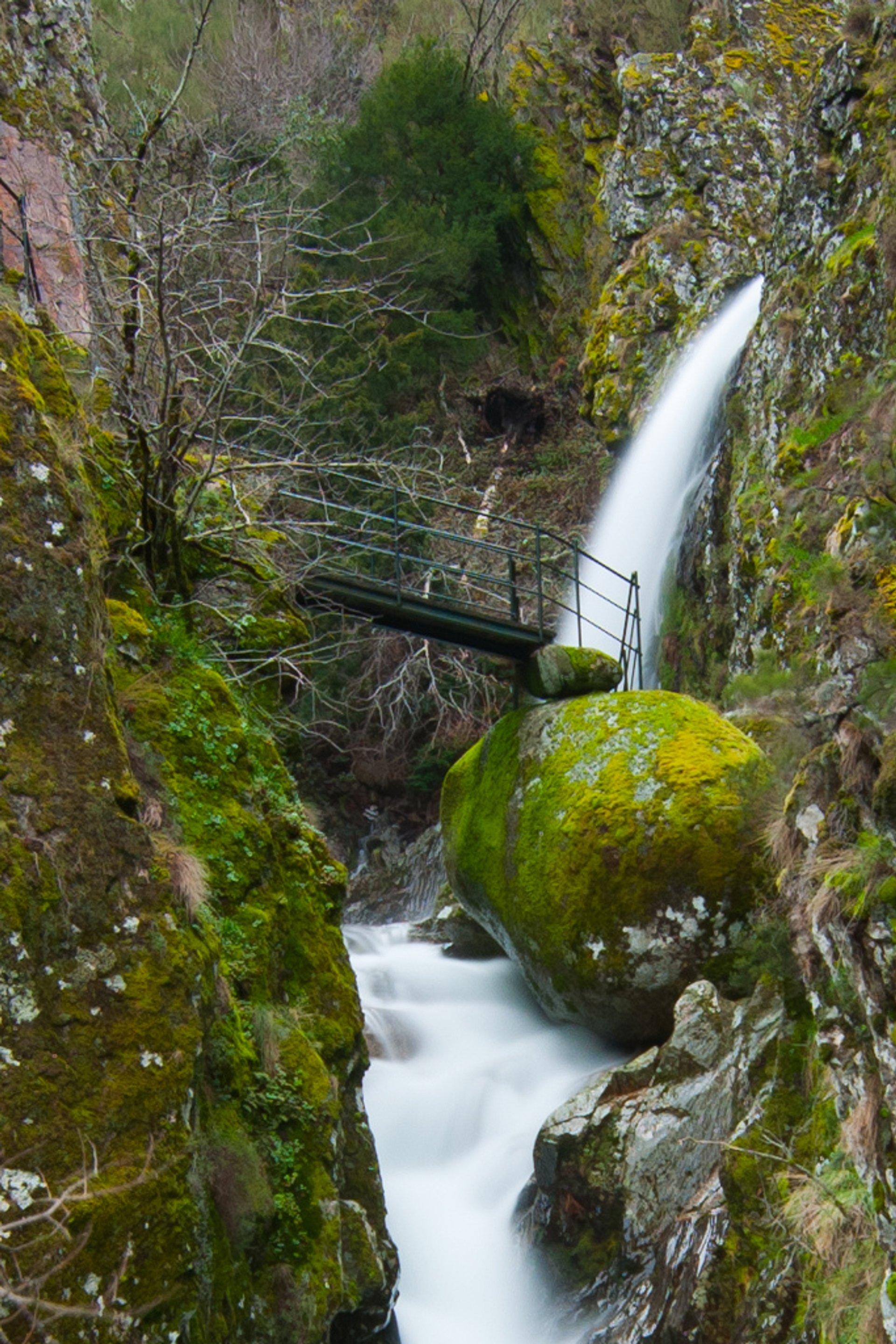 Hiking in Parque Natural da Serra da Estrela in Portugal - Best Season 2020