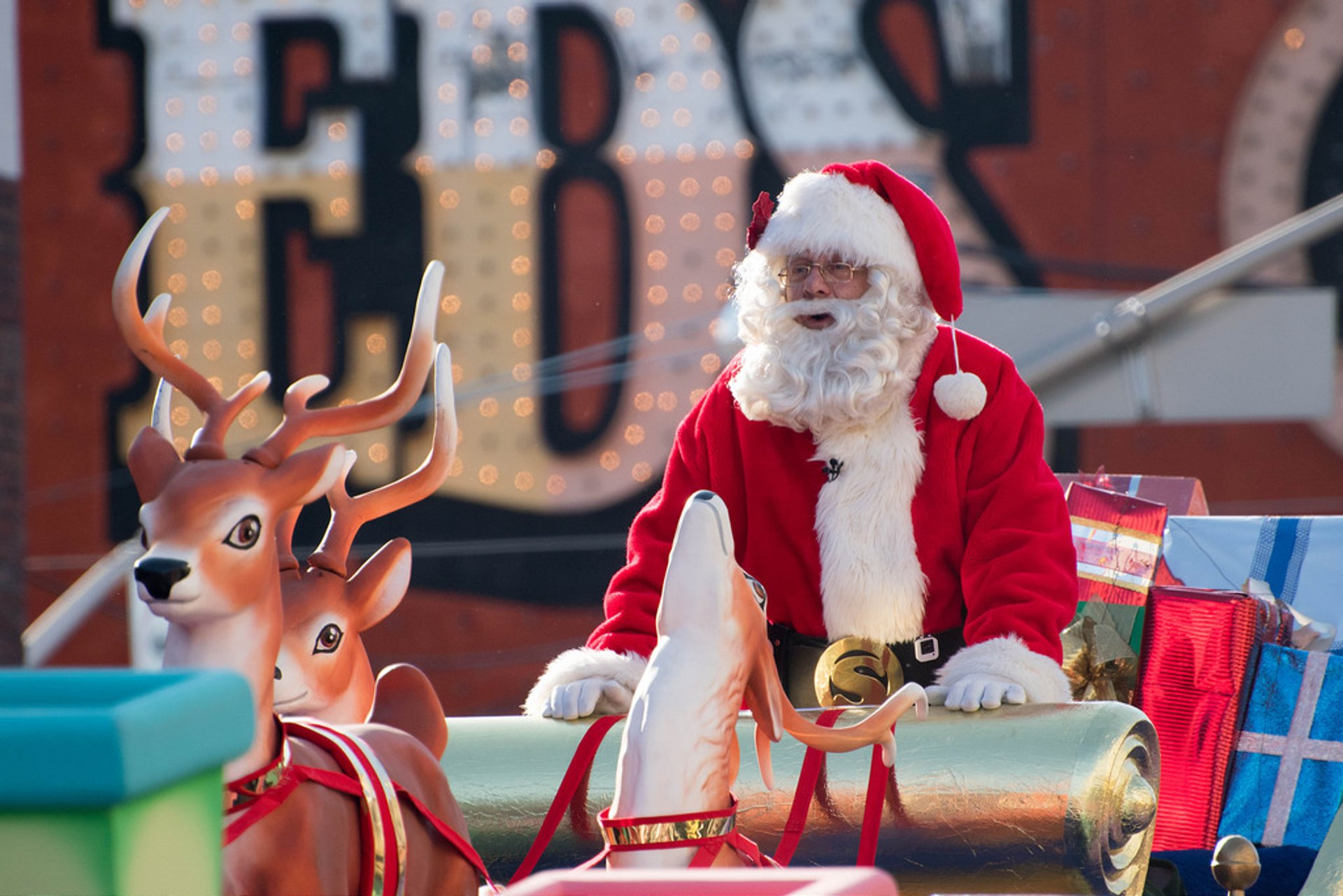 Santa Claus Parade in Toronto 2019 - Best Time