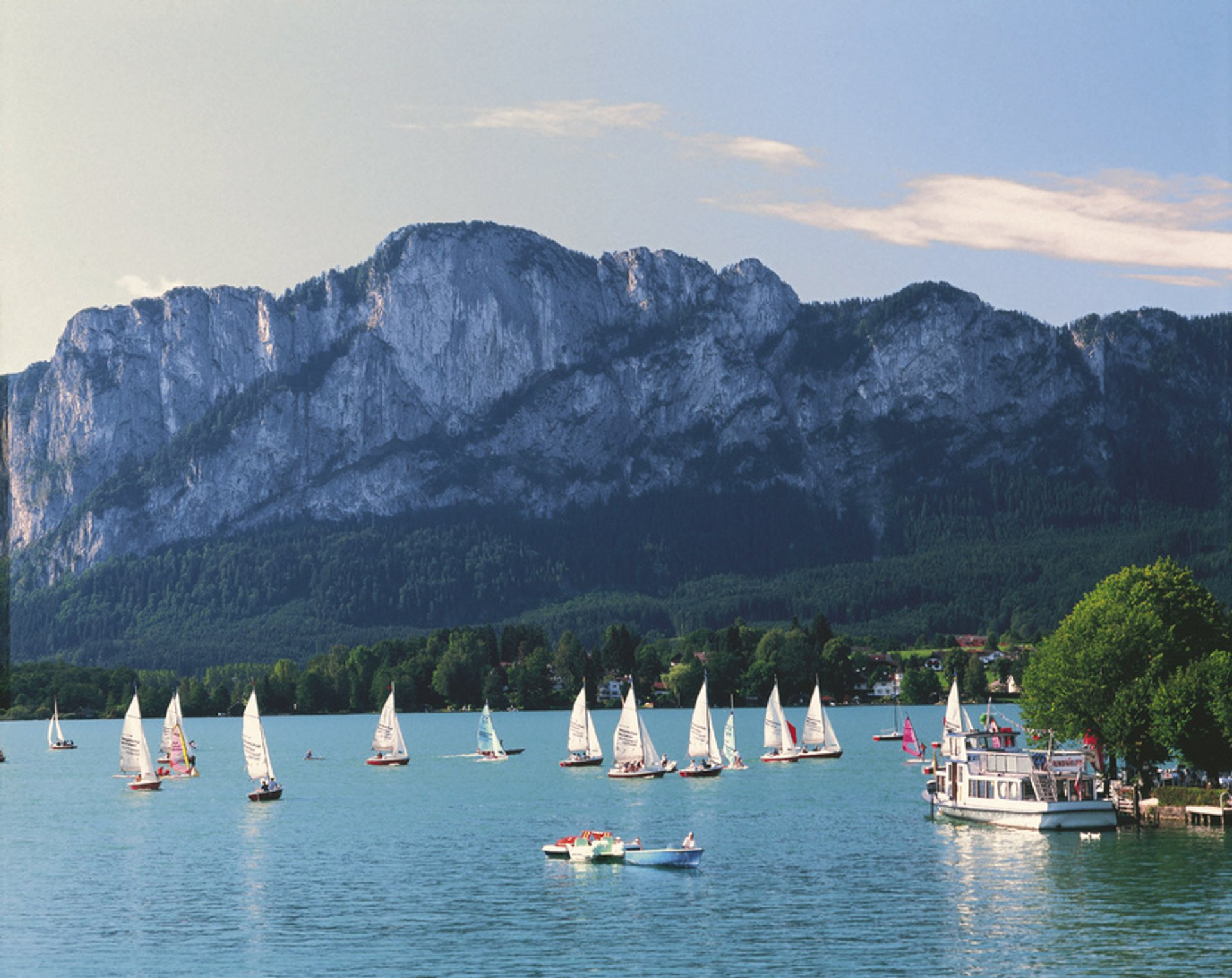 Best time to see Lake Holidays Season in Austria 2019