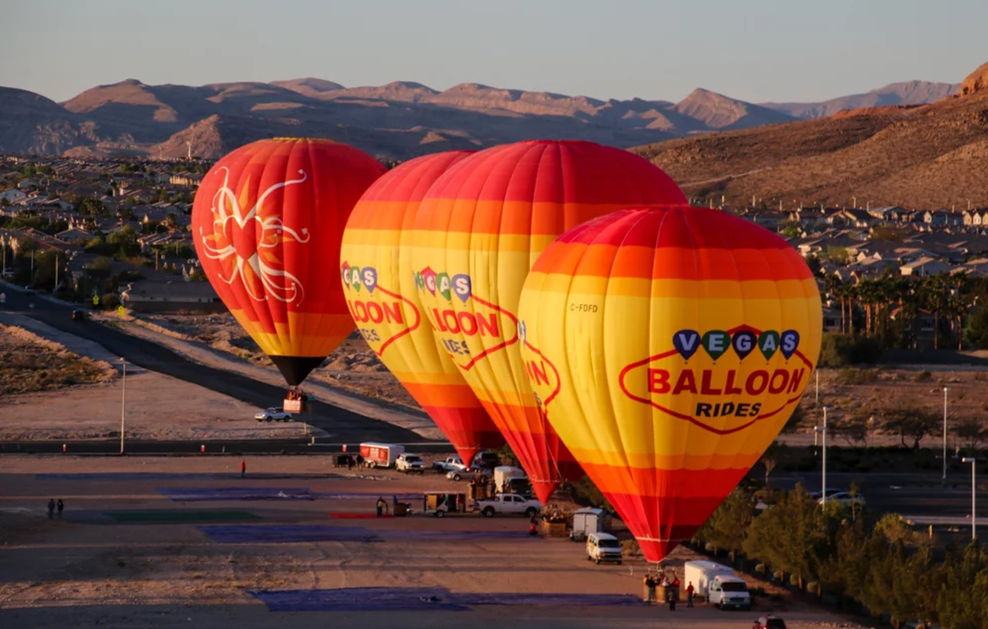 Sunset Hot Air Balloon Rides in Las Vegas - Best Season 2020