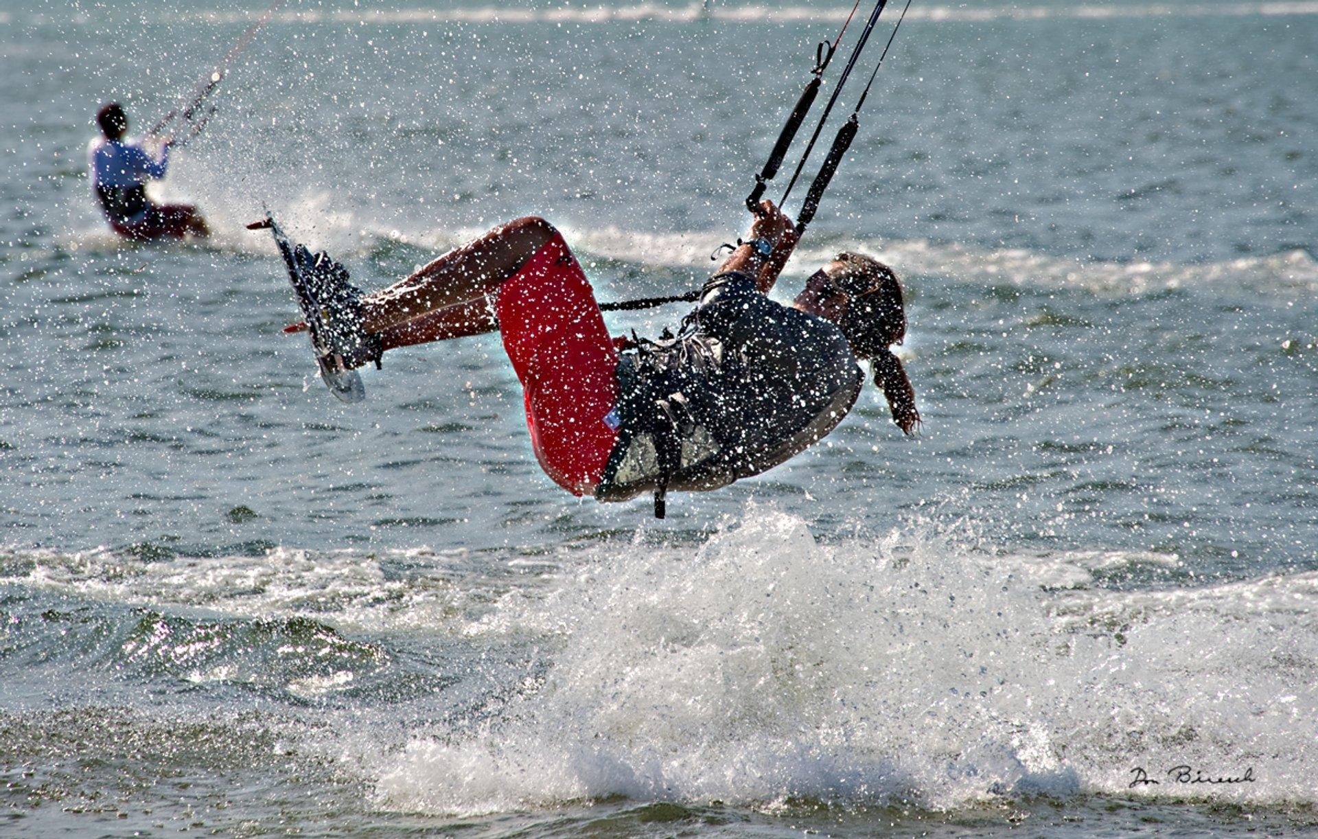 Kitesurfing near the Tampa Bay Bridge 2020