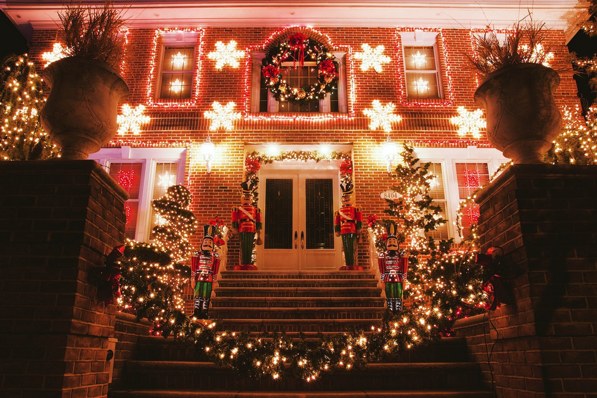 Christmas Lights In New York 2019 Christmas Lights 2019 2020 in New York   Dates & Map