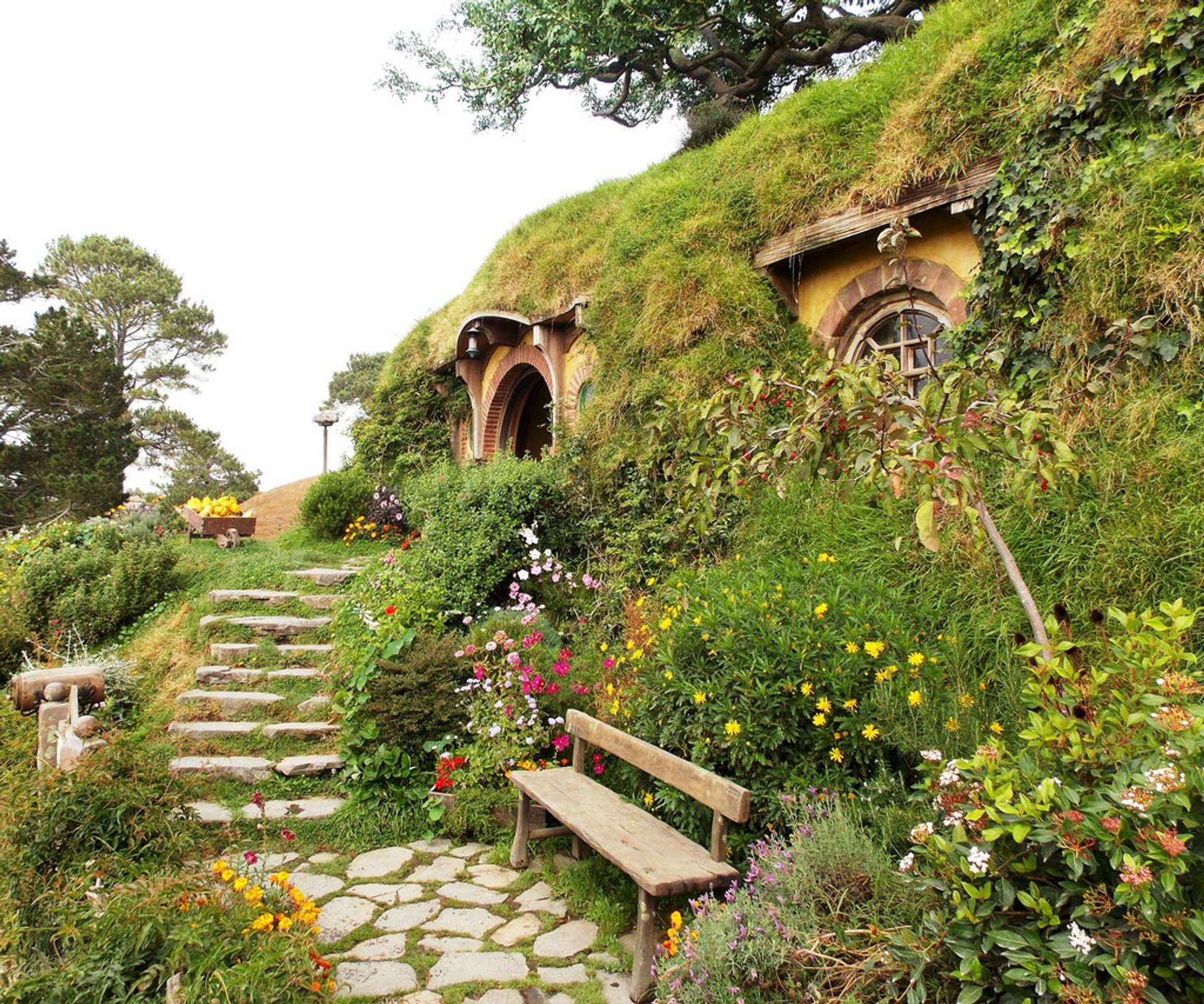 Hobbiton in New Zealand - Best Season 2020