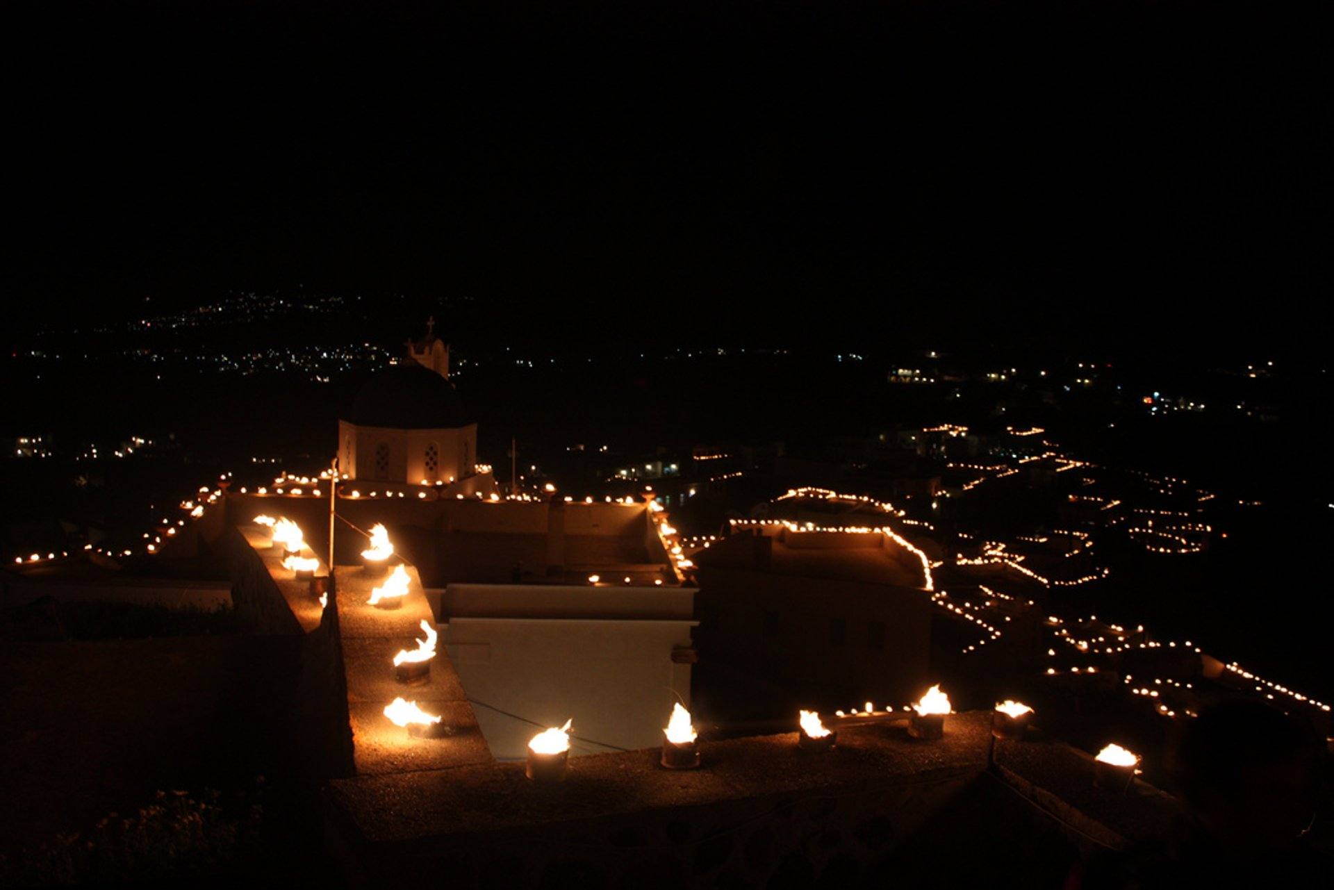 Greek Orthodox Easter and Holy Week in Santorini - Best Season 2020