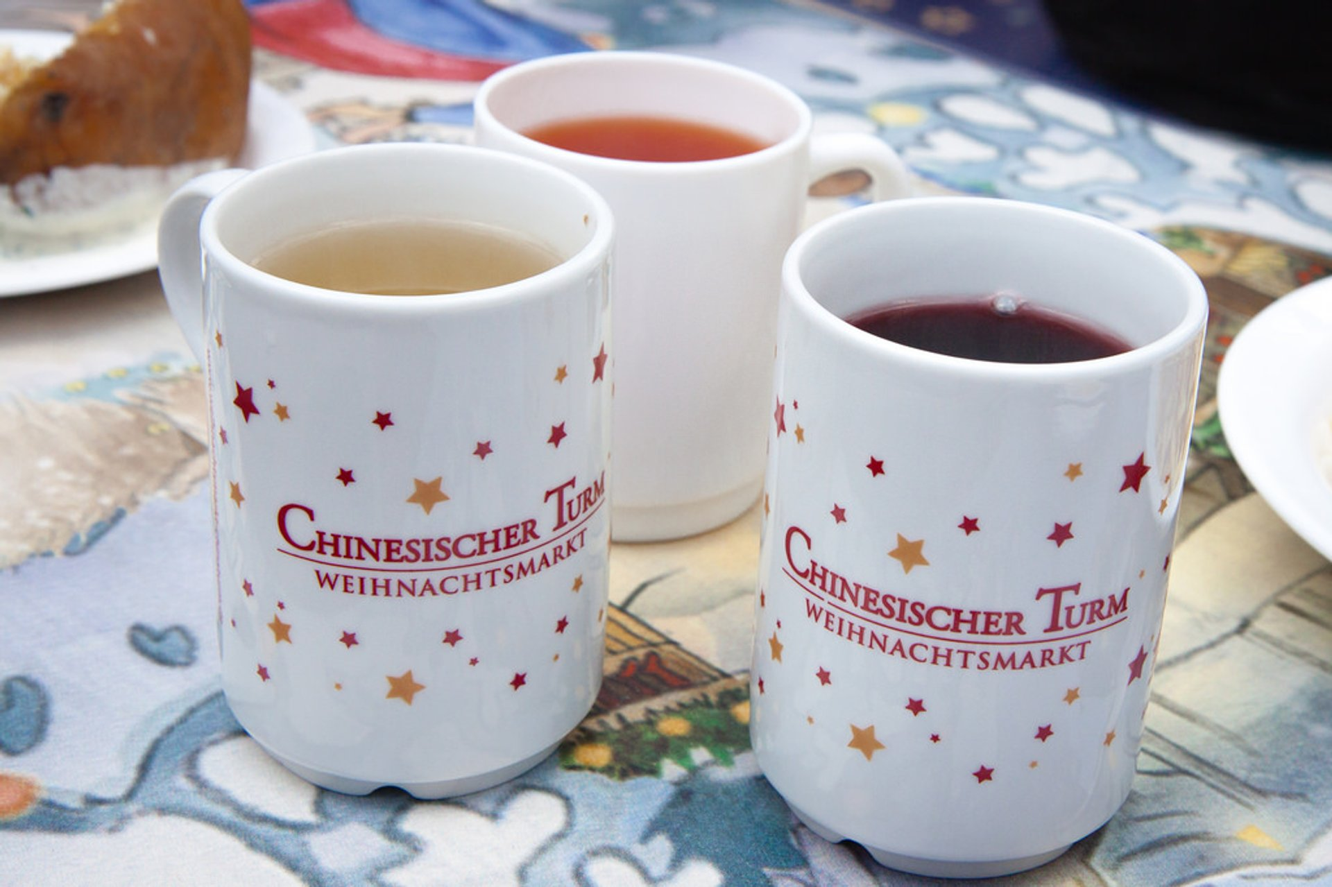 Glühwein and Kinderpunsch at Munich Christmas Market 2019