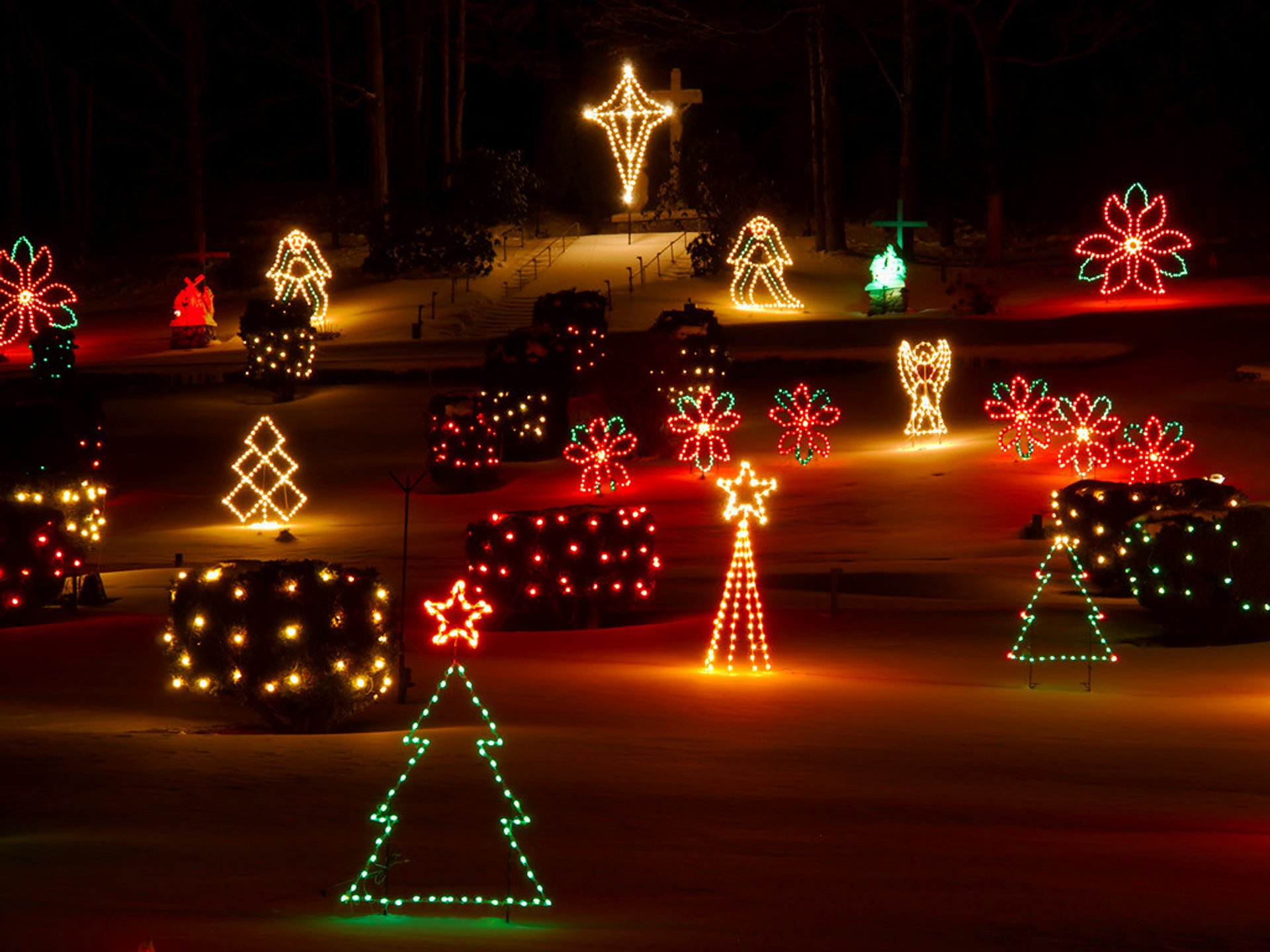 Loudon Christmas Lights 2020 Christmas Lights 2020 2021 in New Hampshire   Dates