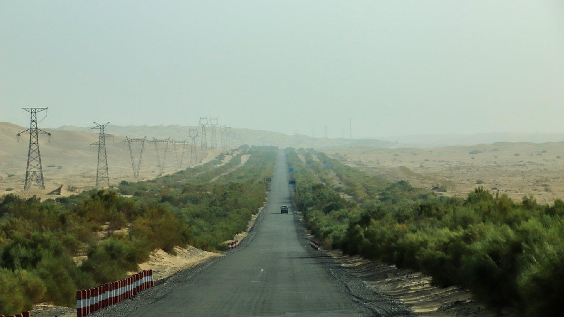 Best time for Tarim Desert Highway in China 2020