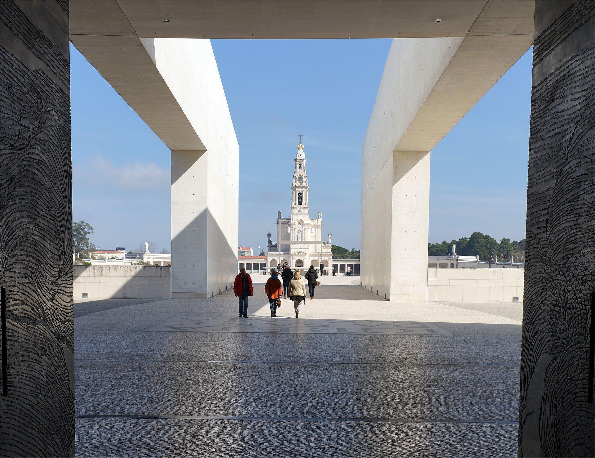 Fatima Pilgrimage in Portugal - Best Season 2020